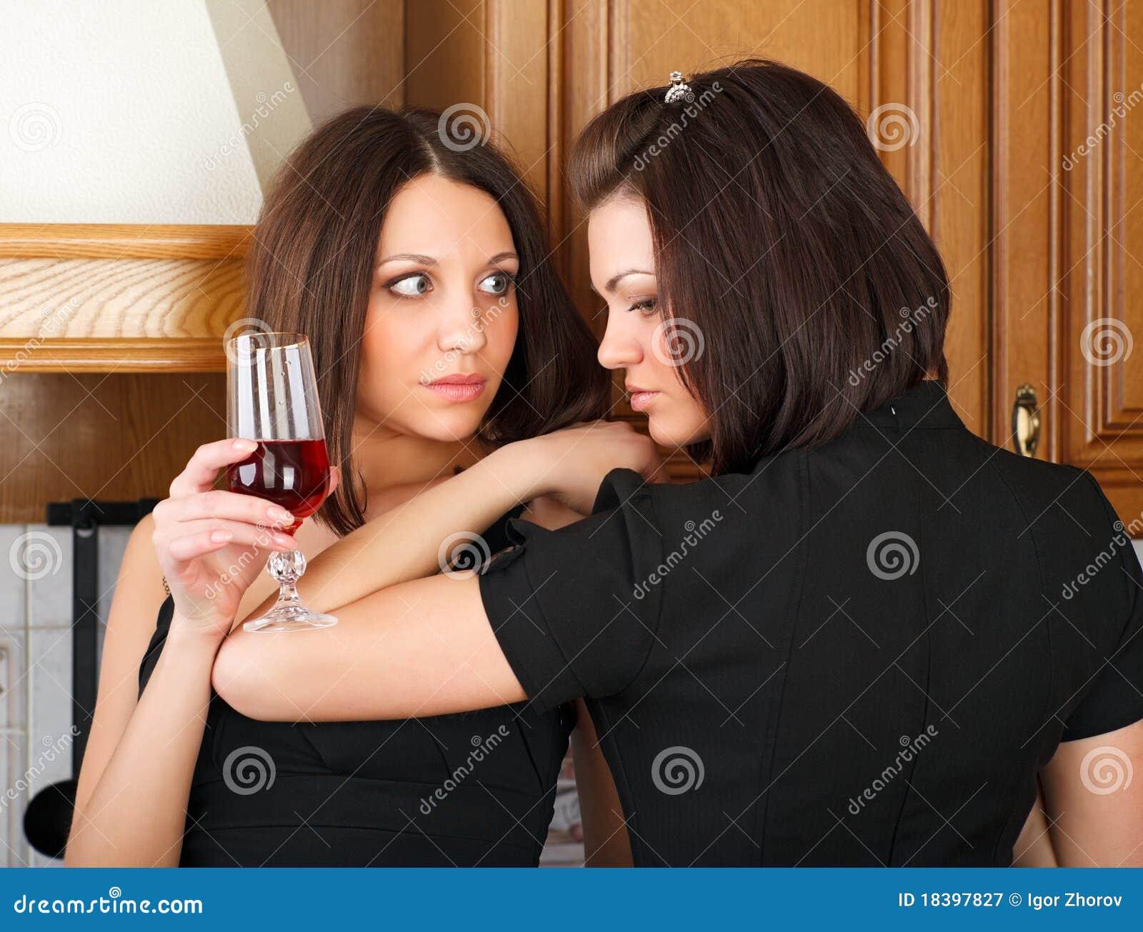 вино приятельства