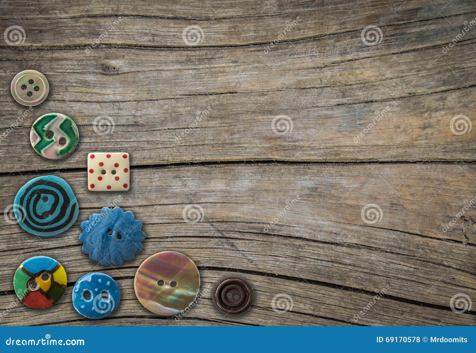 Винтажные декоративные кнопки