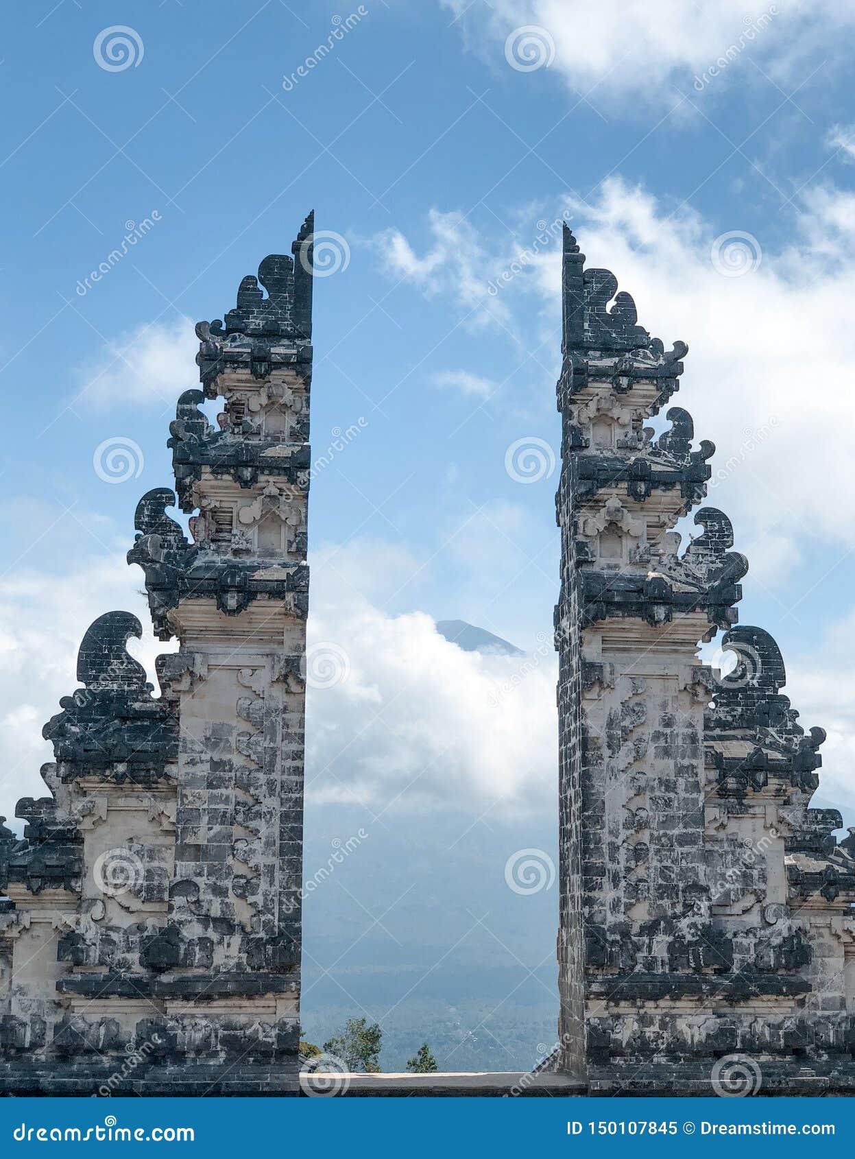 Висок Бали Индонезия Pura Luhur Lempuyang
