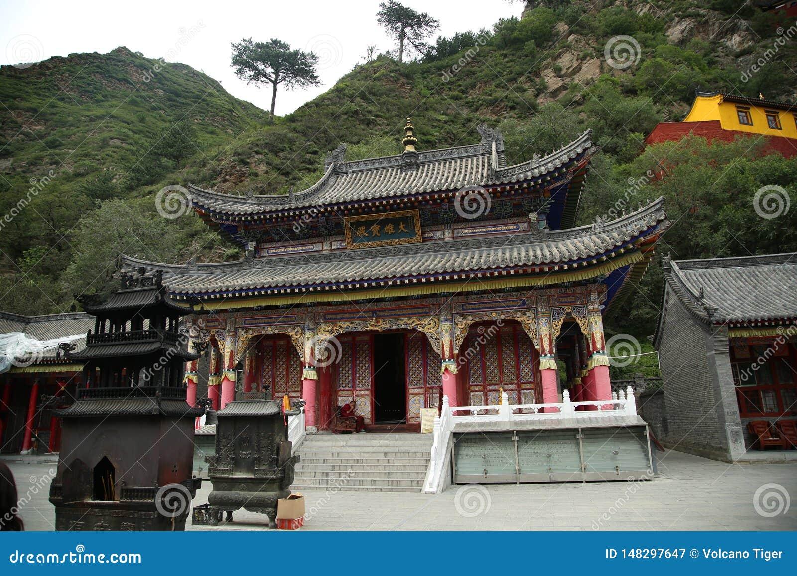 Висок буддизма в горе Wutai