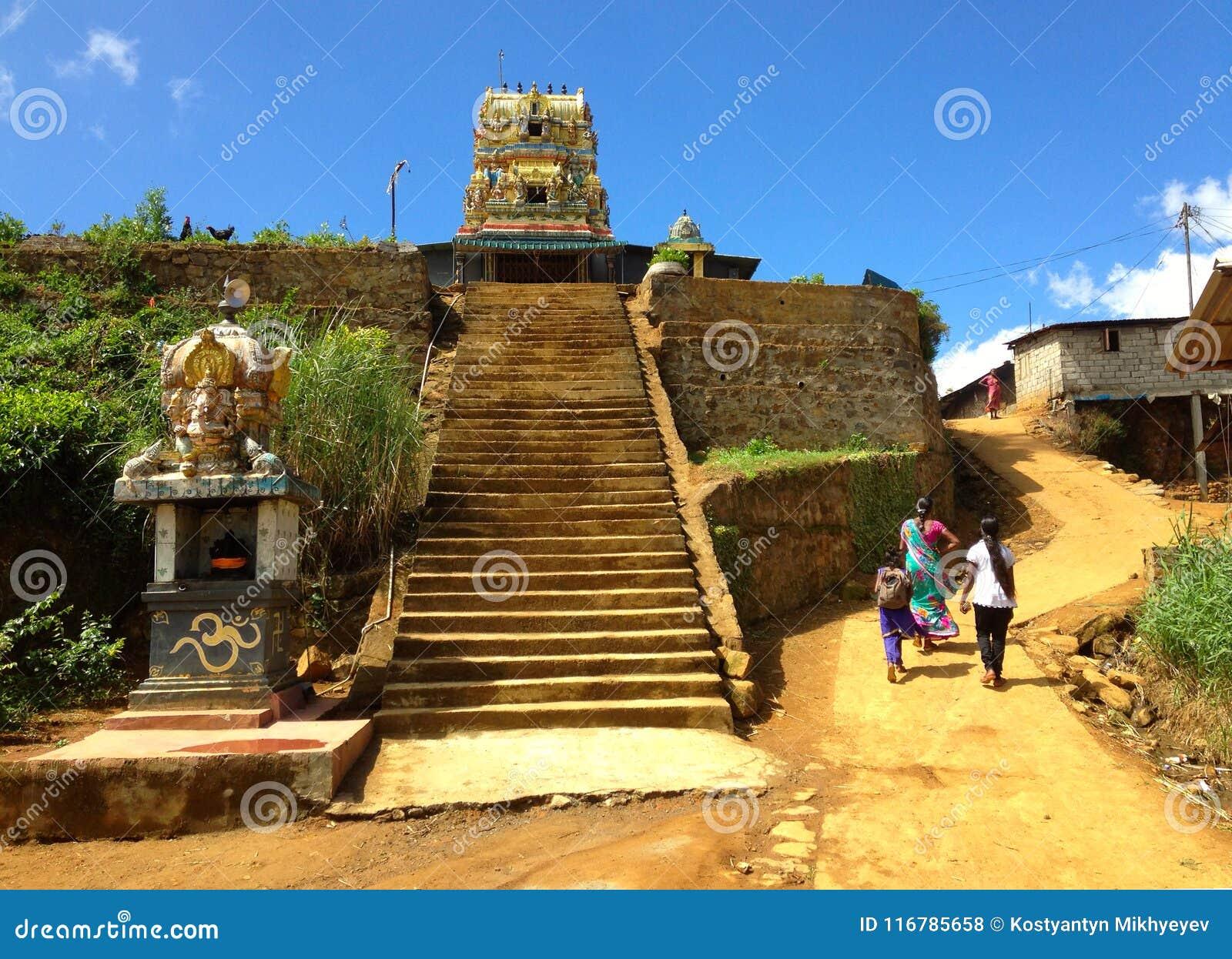 Висок в деревне Nanuoya