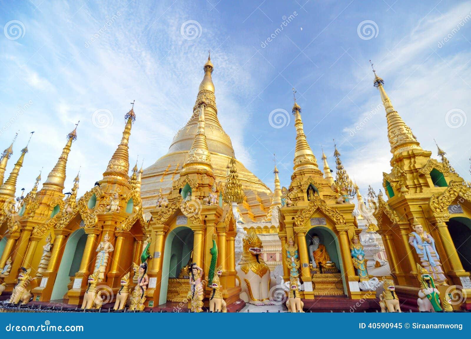 Висок пагоды Shwedagon в Янгоне, Мьянме