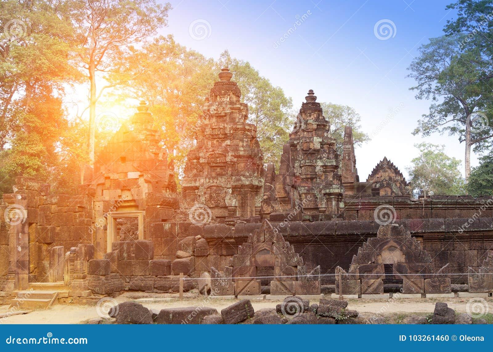 Висок Banteay Srey губит столетие на заходе солнца, Siem Reap Xth, Камбоджу