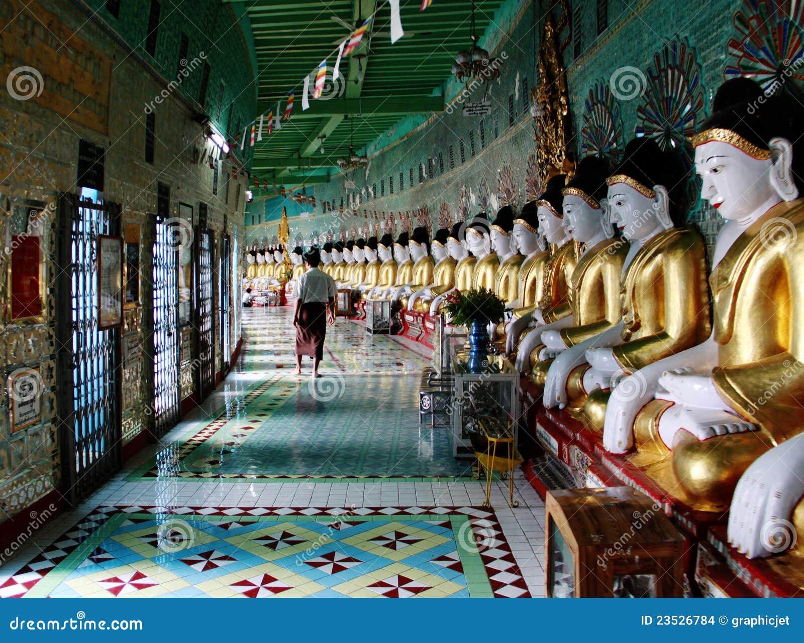 висок myanmar буддийского холма sagaing