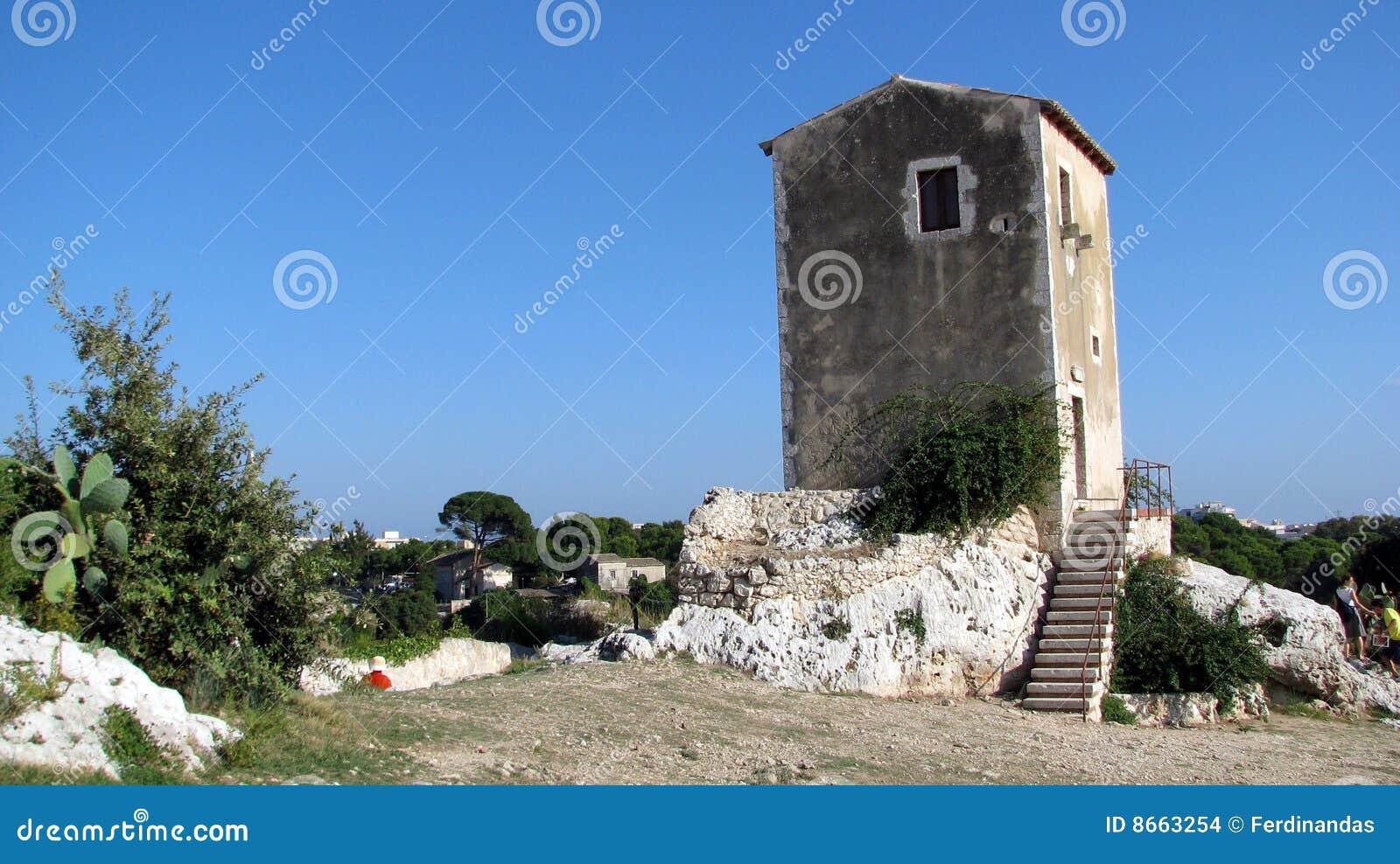 висок syracuse gatehouse старый