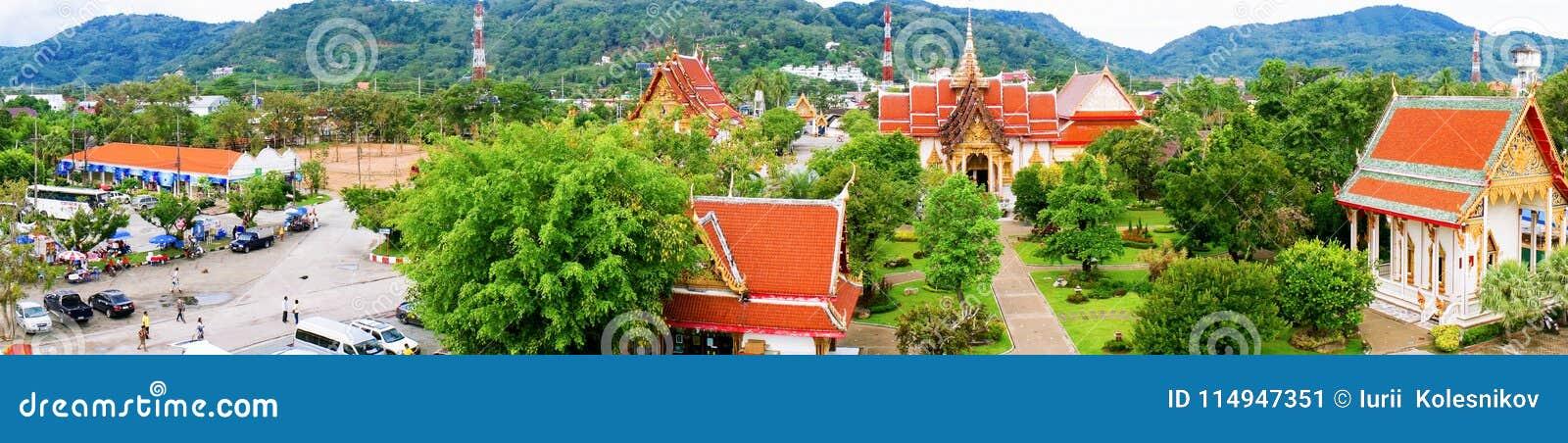 Висок Wat Chalong панорамы буддийский - посещение, самый большой и самый известный буддийский висок на острове Пхукета