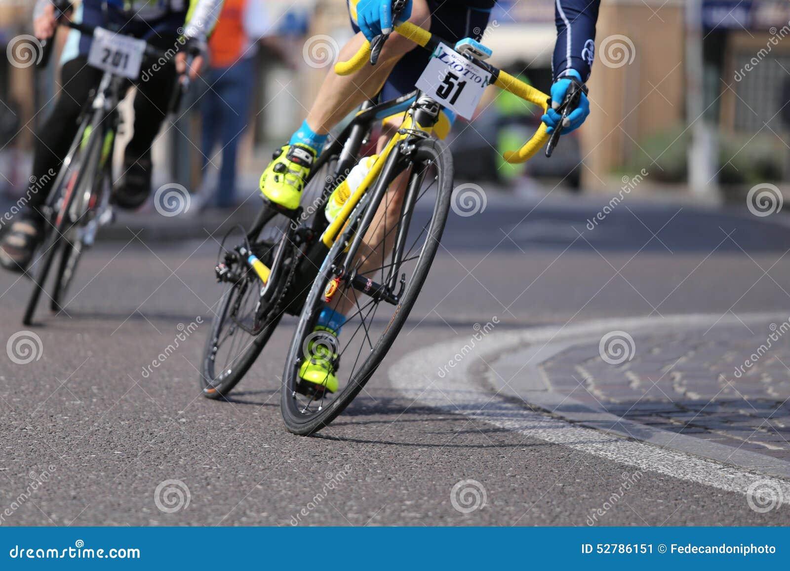 sheriffs host bike road - HD1200×800