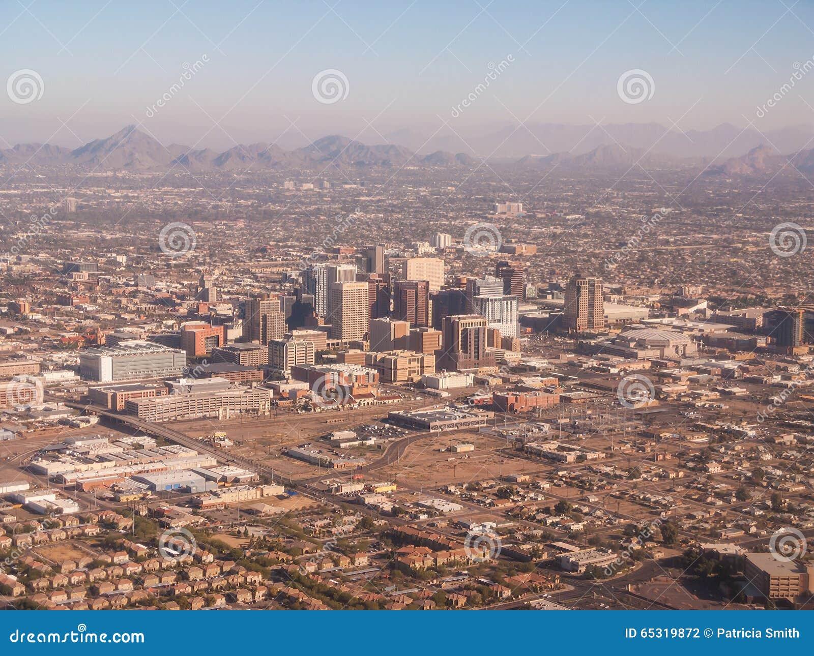 Вид с воздуха городского Феникса