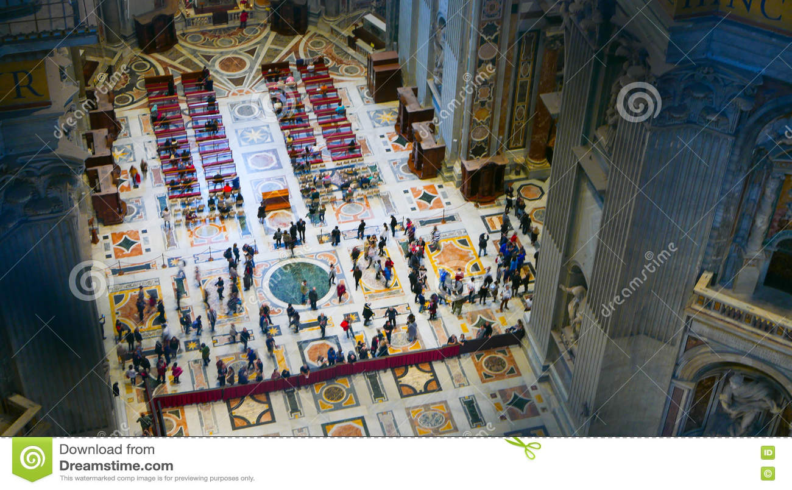 Вид с воздуха от купола базилики St Peters в Риме
