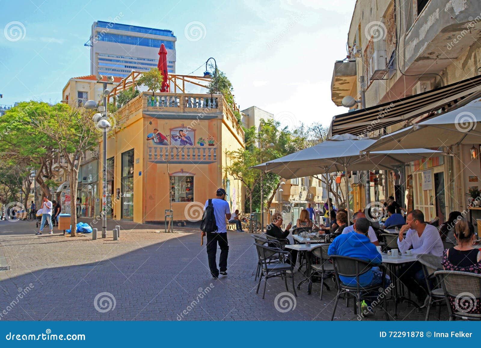Download Внешнее кафе на районе Nahalat Binyamin, Тель-Авив, Израиле Редакционное Стоковое Фото - изображение насчитывающей зодчества, adulteration: 72291878