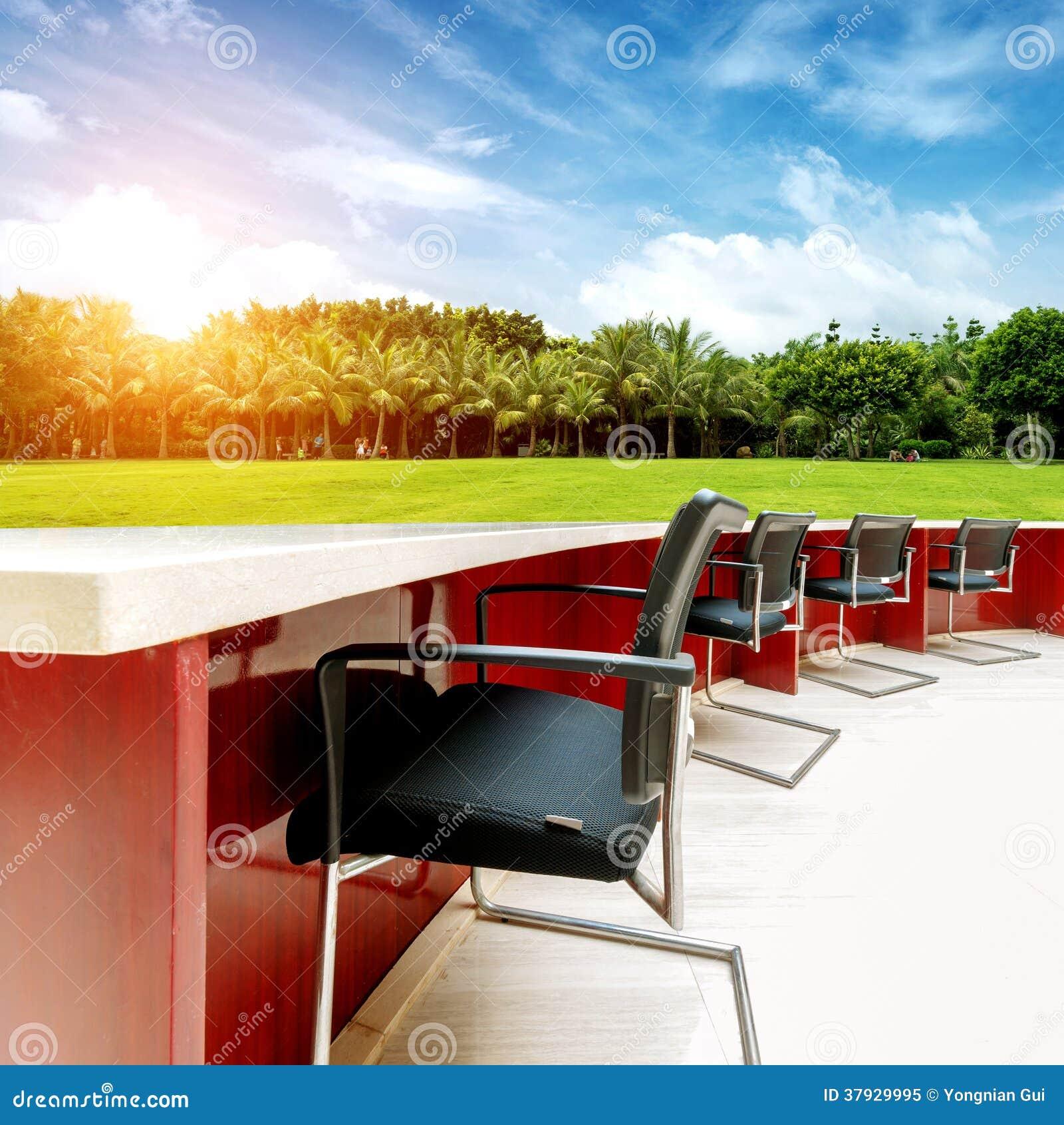 Внешние таблицы и встречи стульев