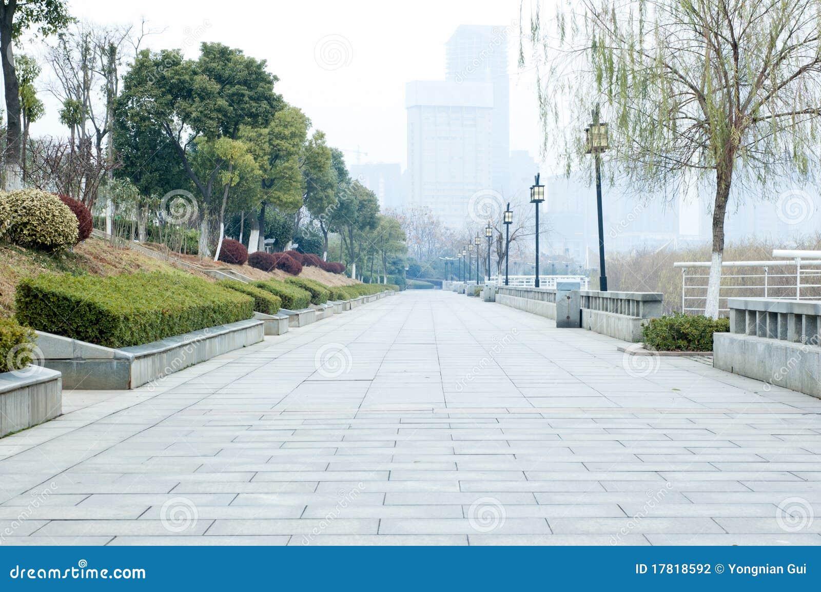 узбечка трахтса н дорога и парк через полтора