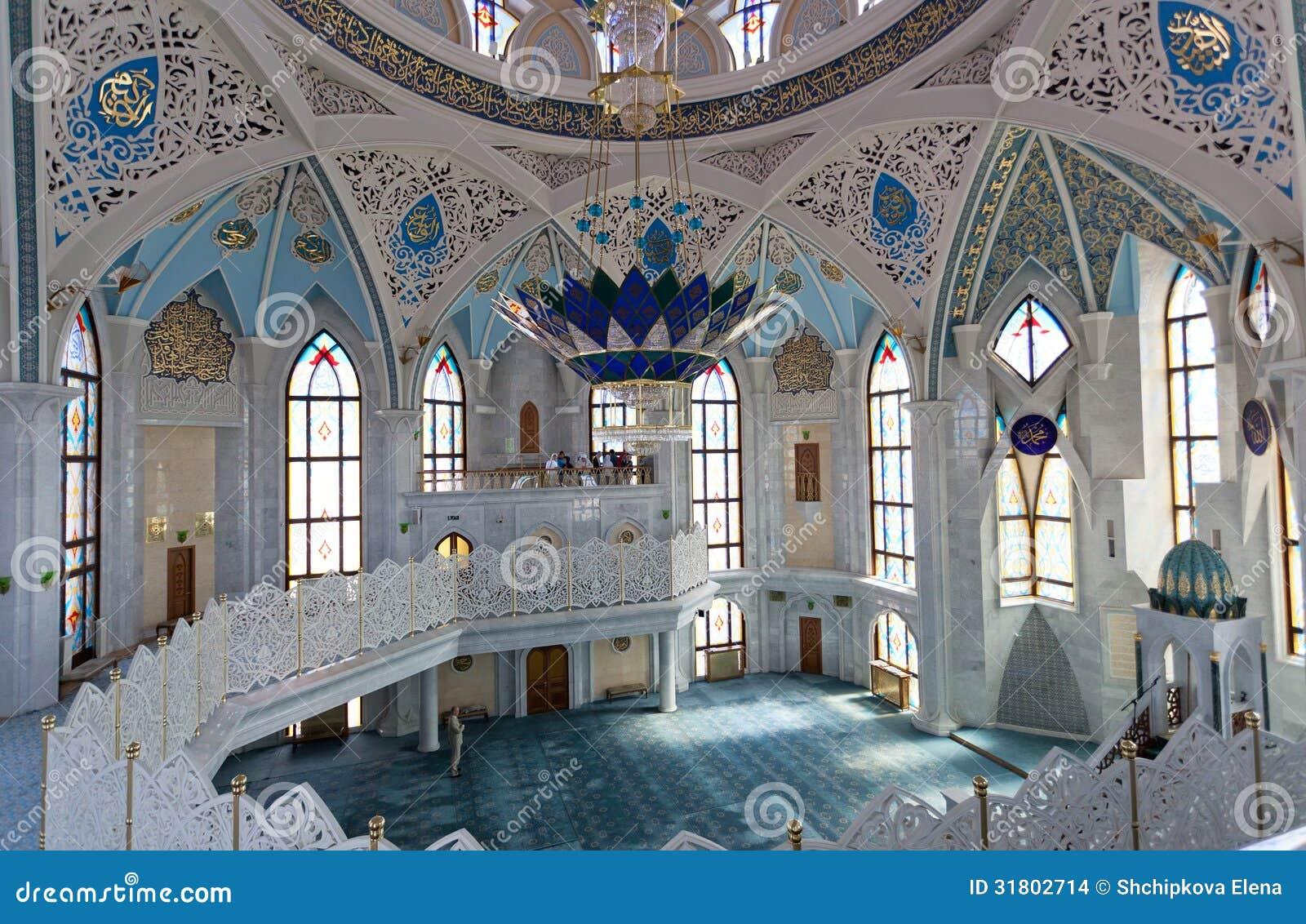Внутренняя мечеть Qol Sharif в Казани