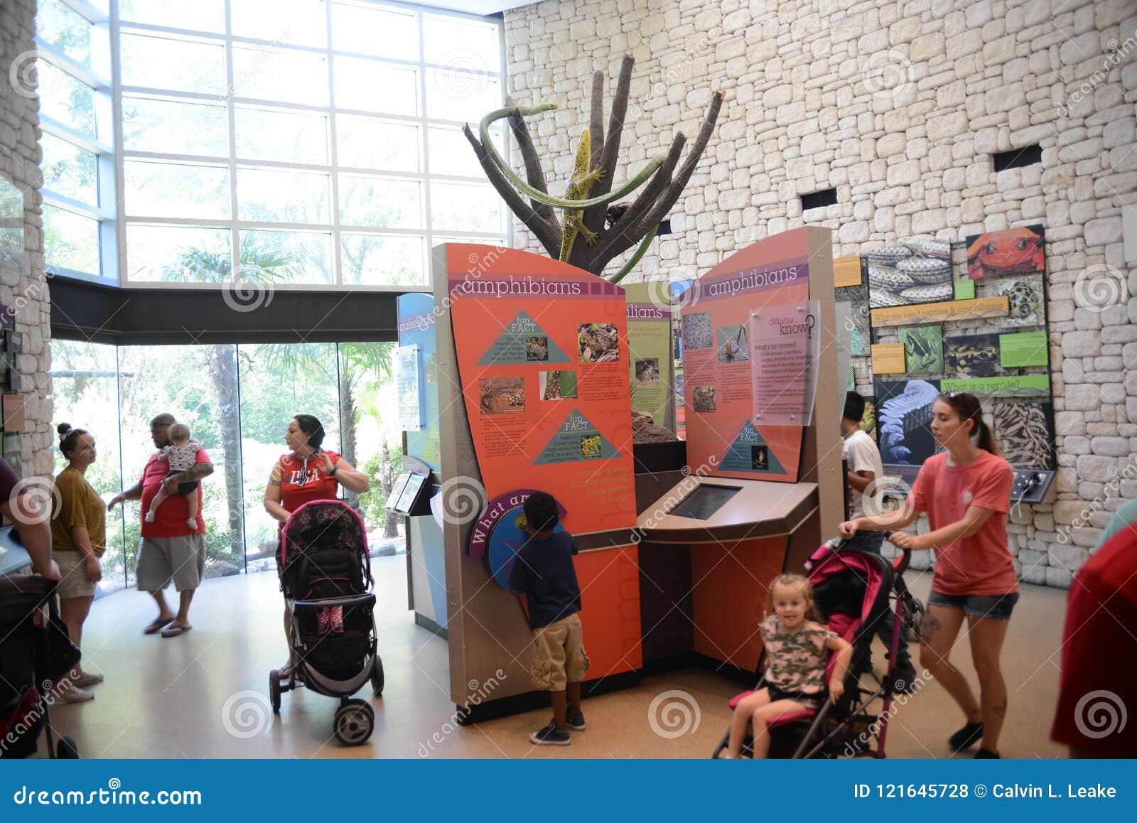 Внутри приветственного центра Texarkana Техаса