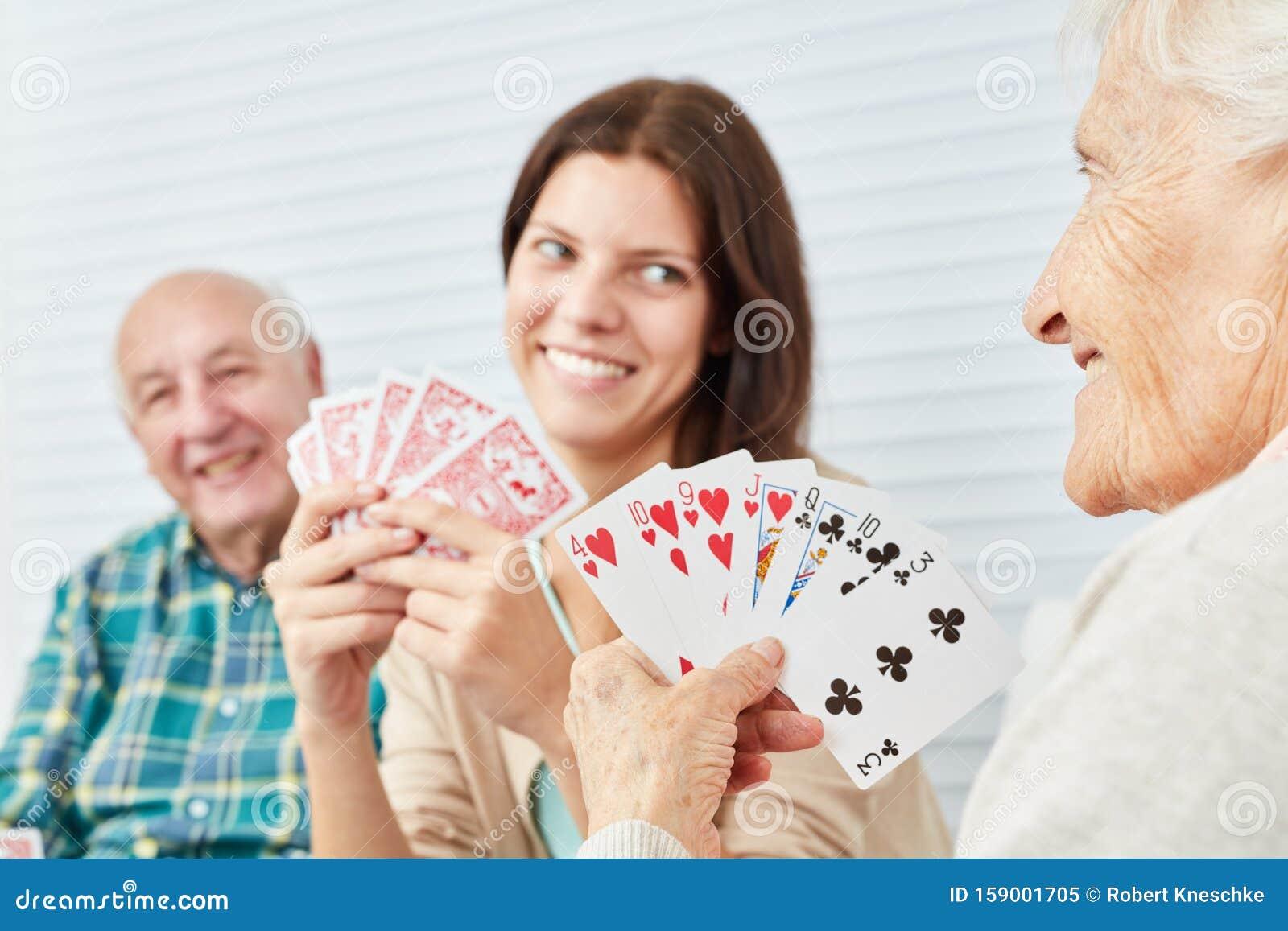 Играть в карты дома игровые автоматы играть бесплатно и без регистрации из казино
