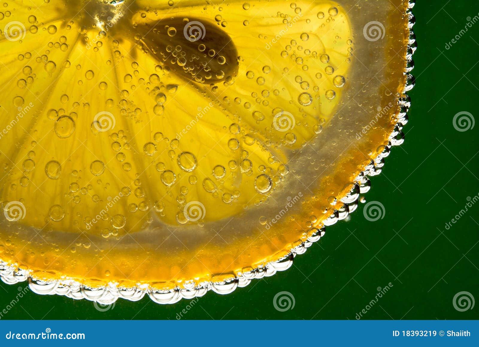 вода лимона плодоовощ сверкная