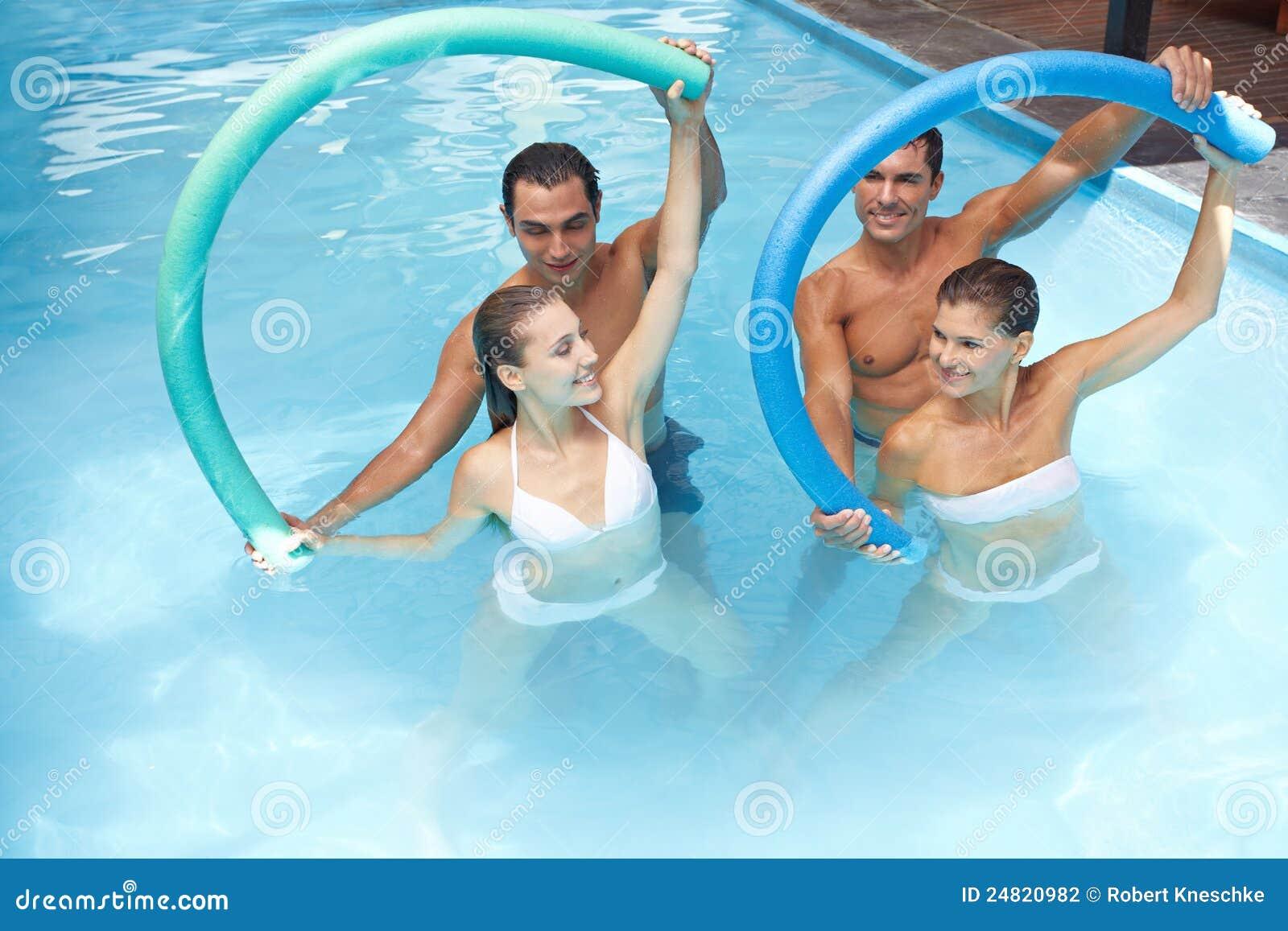вода swim лапшей aerobics
