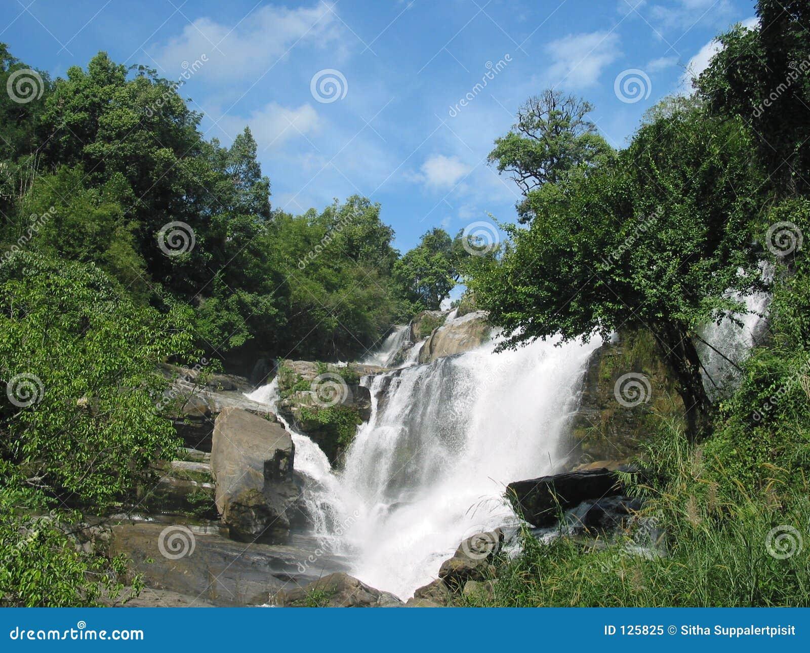 водопад Таиланда mae glang
