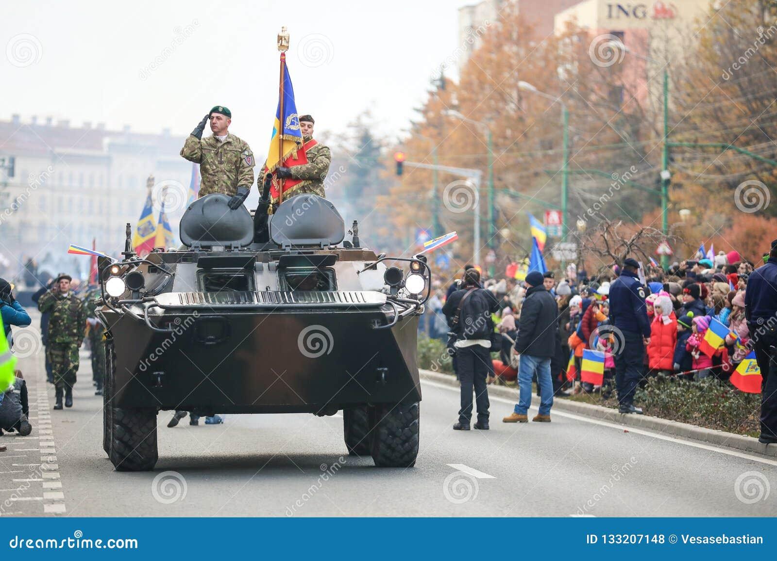 12/01/2018 - Военные образования празднуя румынский национальный праздник в Timisoara, Румынии