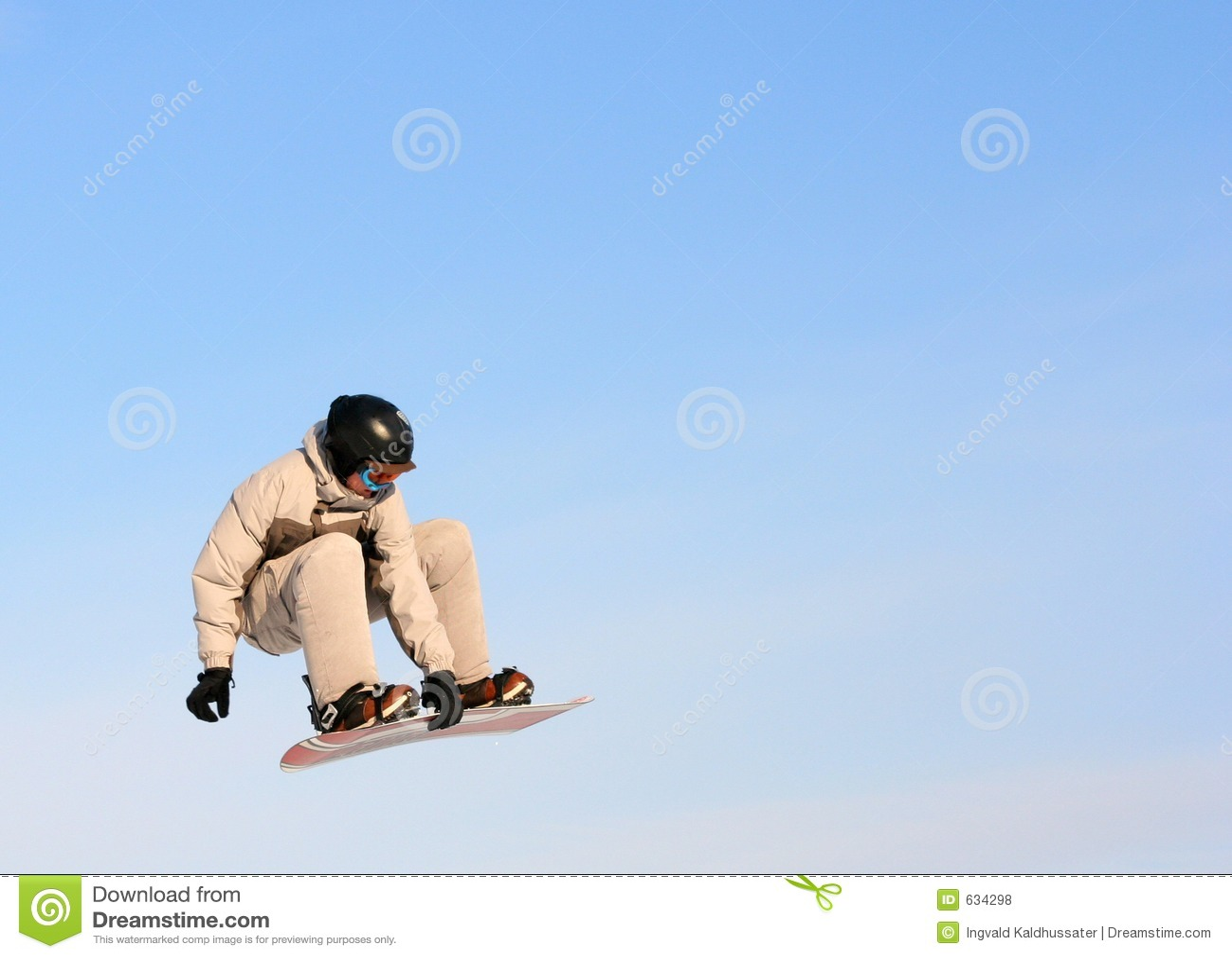 Download воздух большой стоковое фото. изображение насчитывающей лыжники - 634298