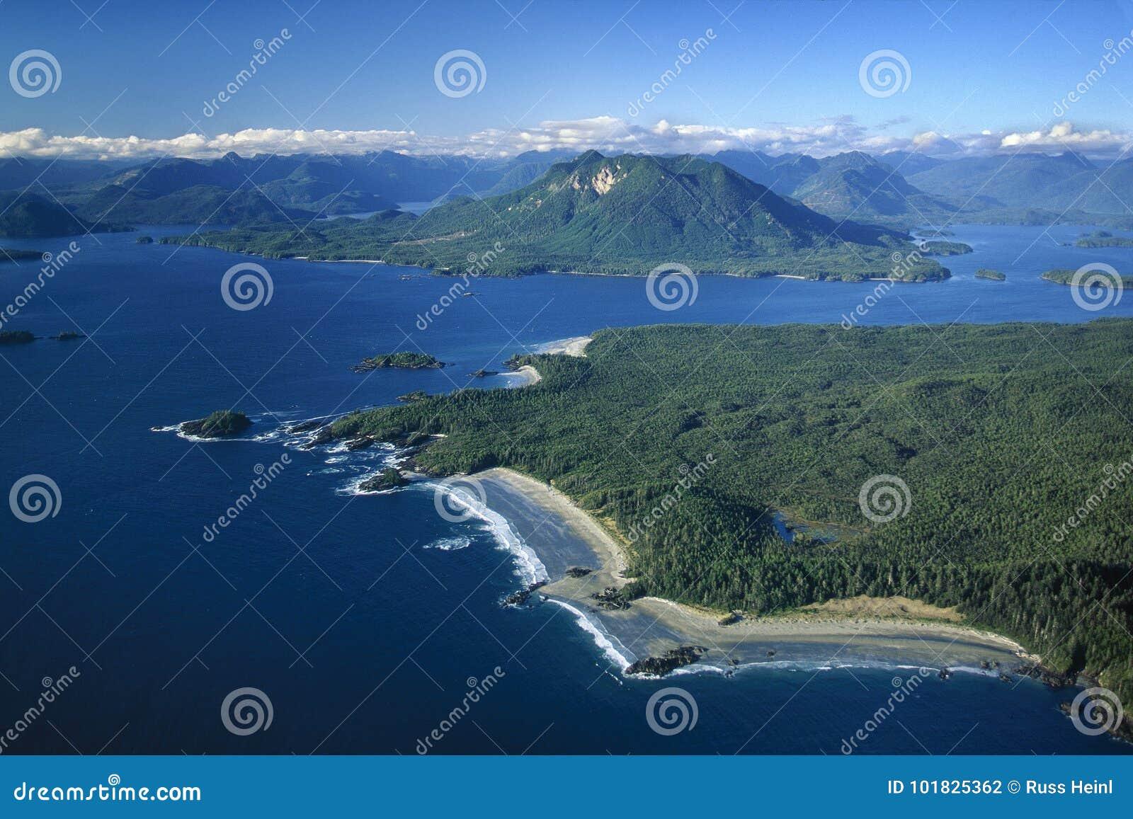 Воздушное изображение острова Vargas, Tofino, ДО РОЖДЕСТВА ХРИСТОВА, Канада