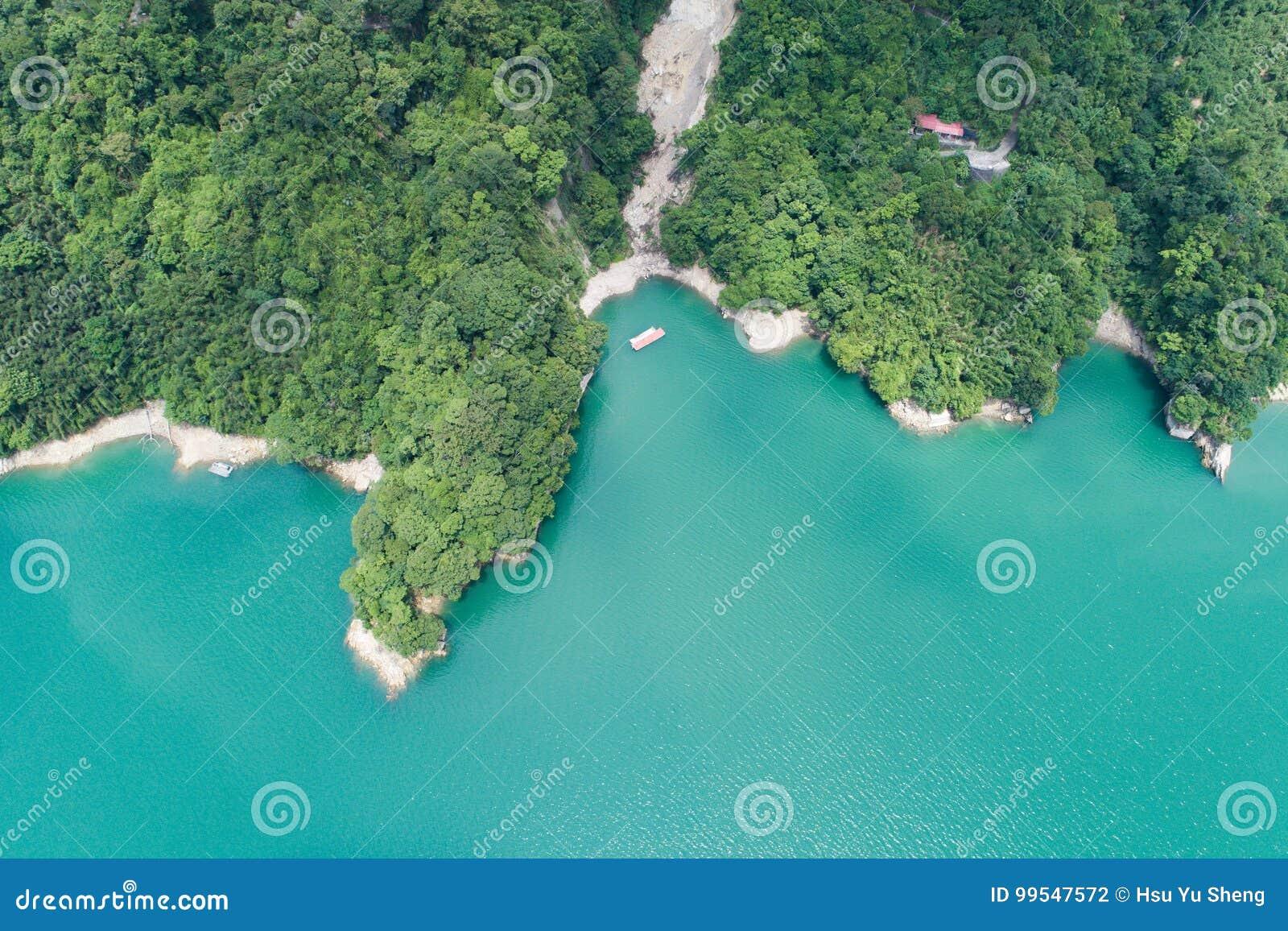 Воздушное фотографирование запруды Shihmen