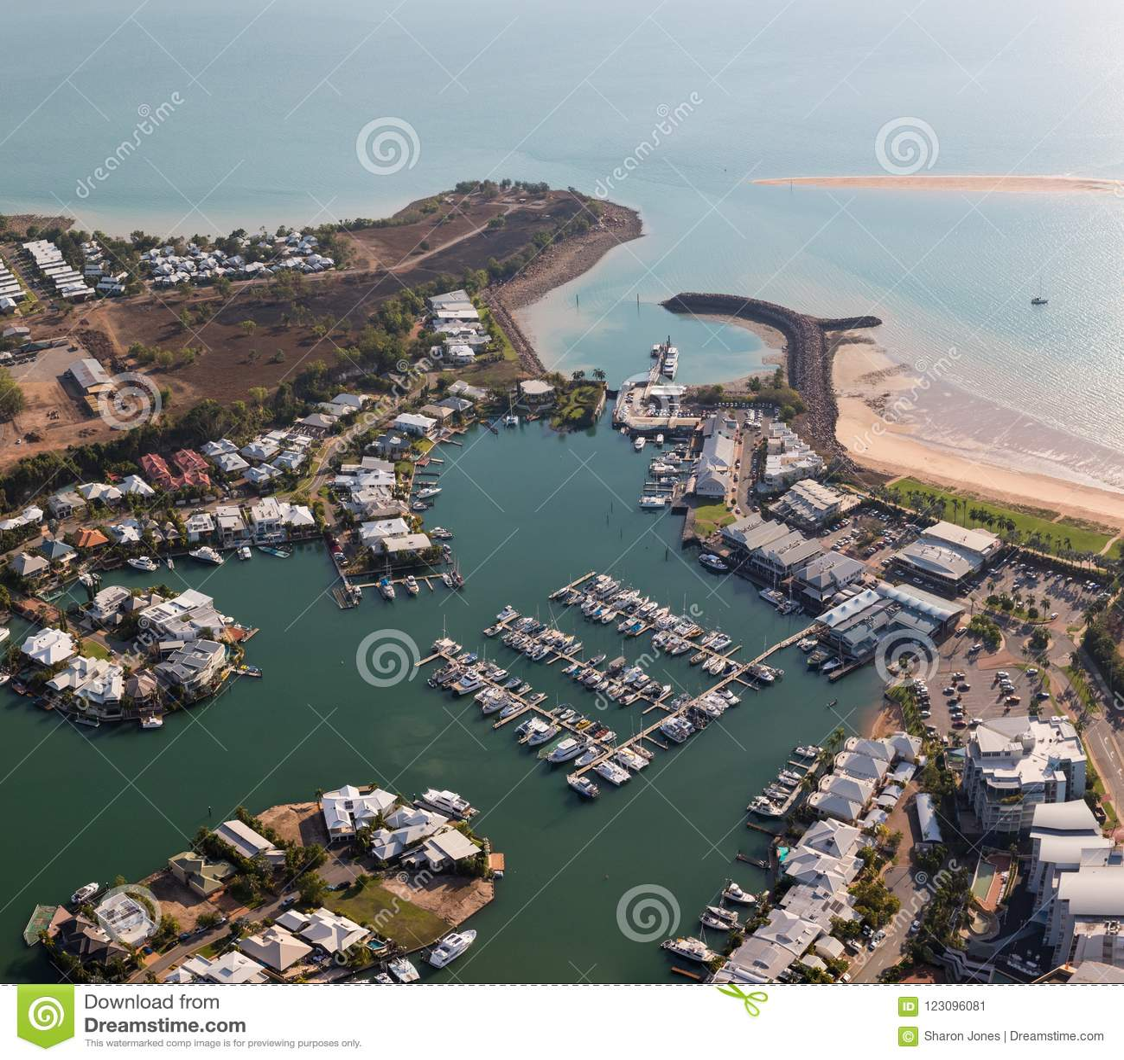 Воздушное фото залива Cullen, Дарвина, северных территориев, Австралии