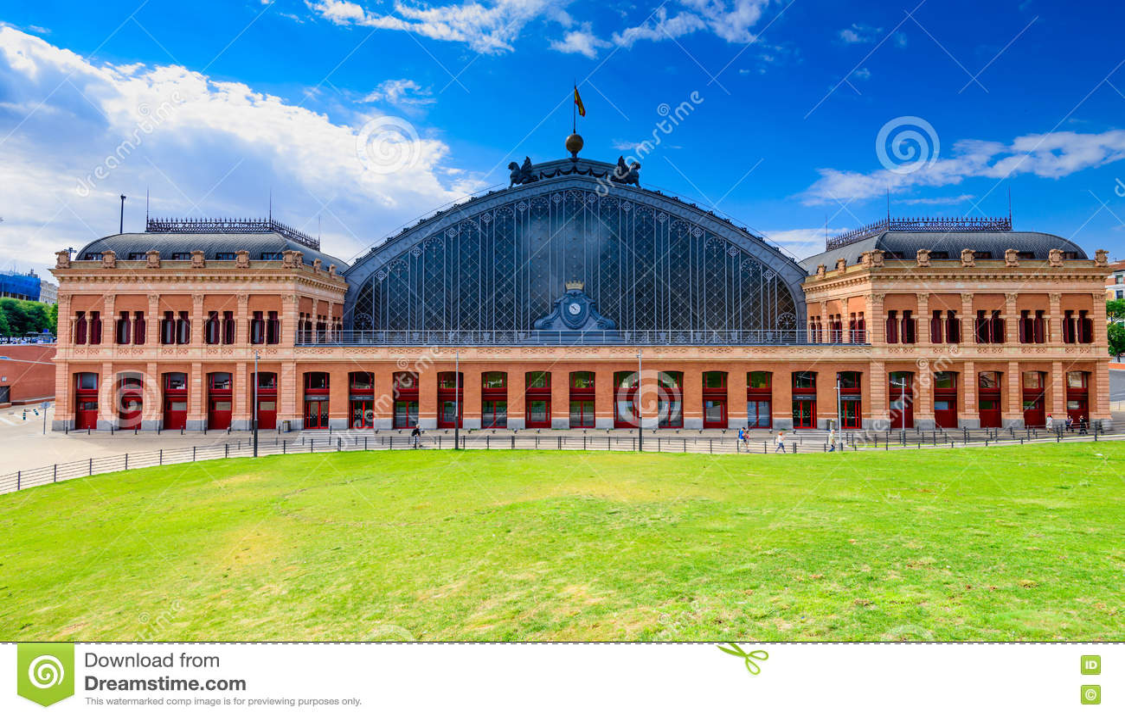 Вокзал Atocha