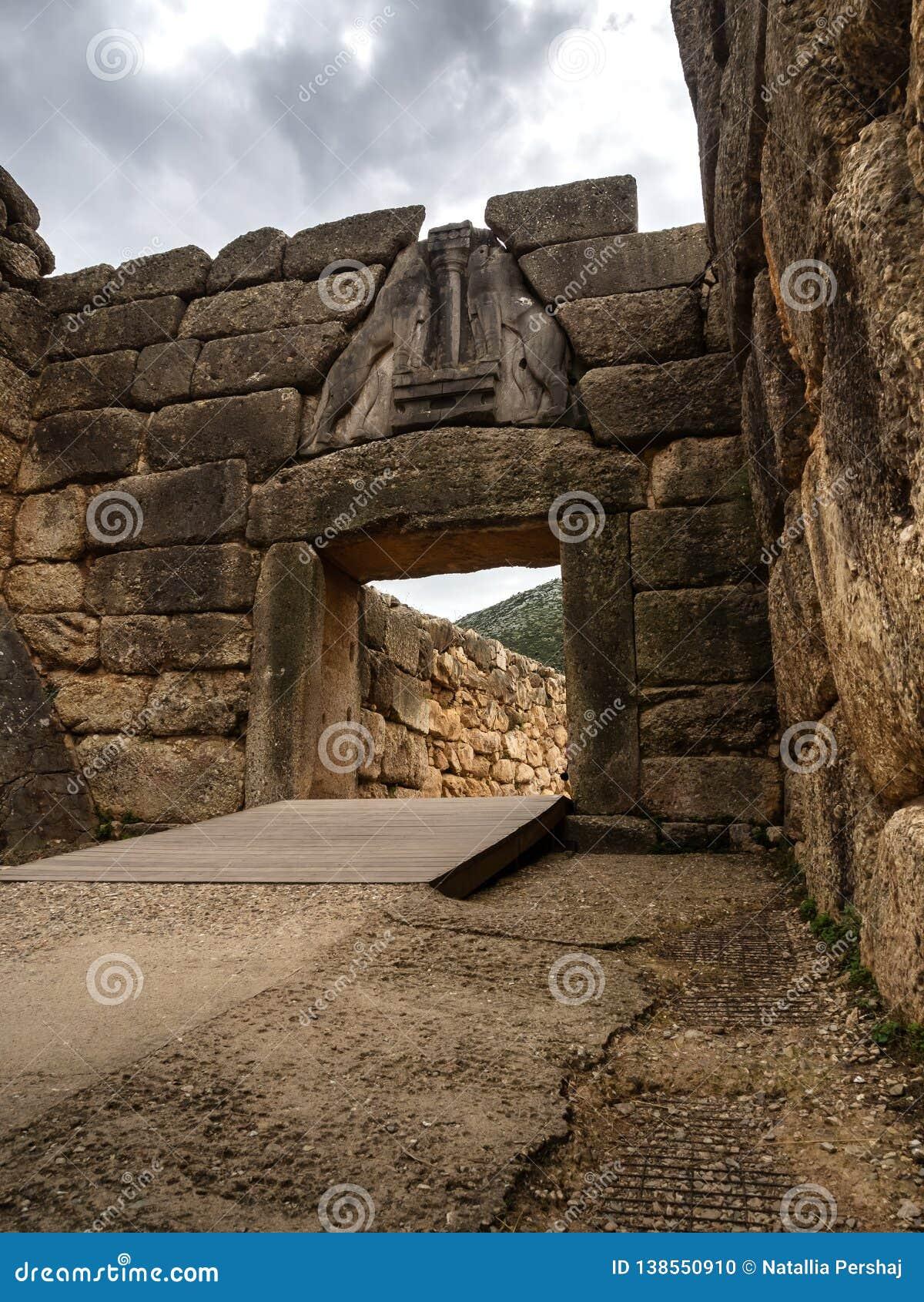 Ворота льва Mycenae, Argolida, цивилизации бронзового века