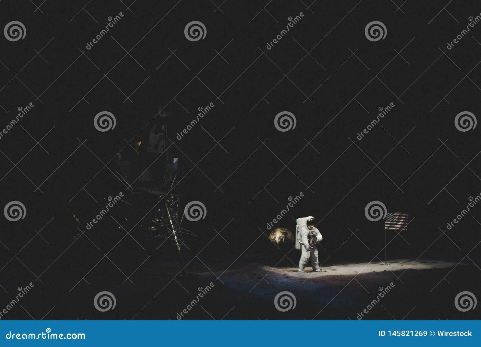 Воссоздание посадки на луну на музее NASA