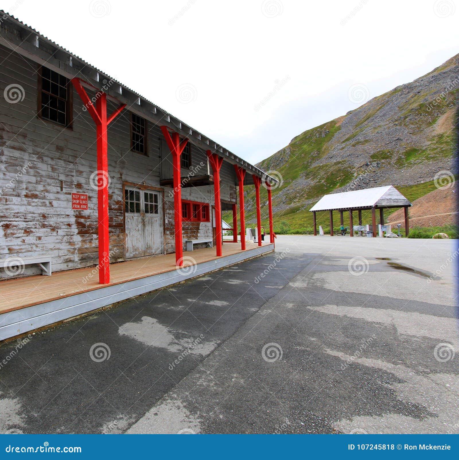 Восстановленные здания на пропуске Hatcher