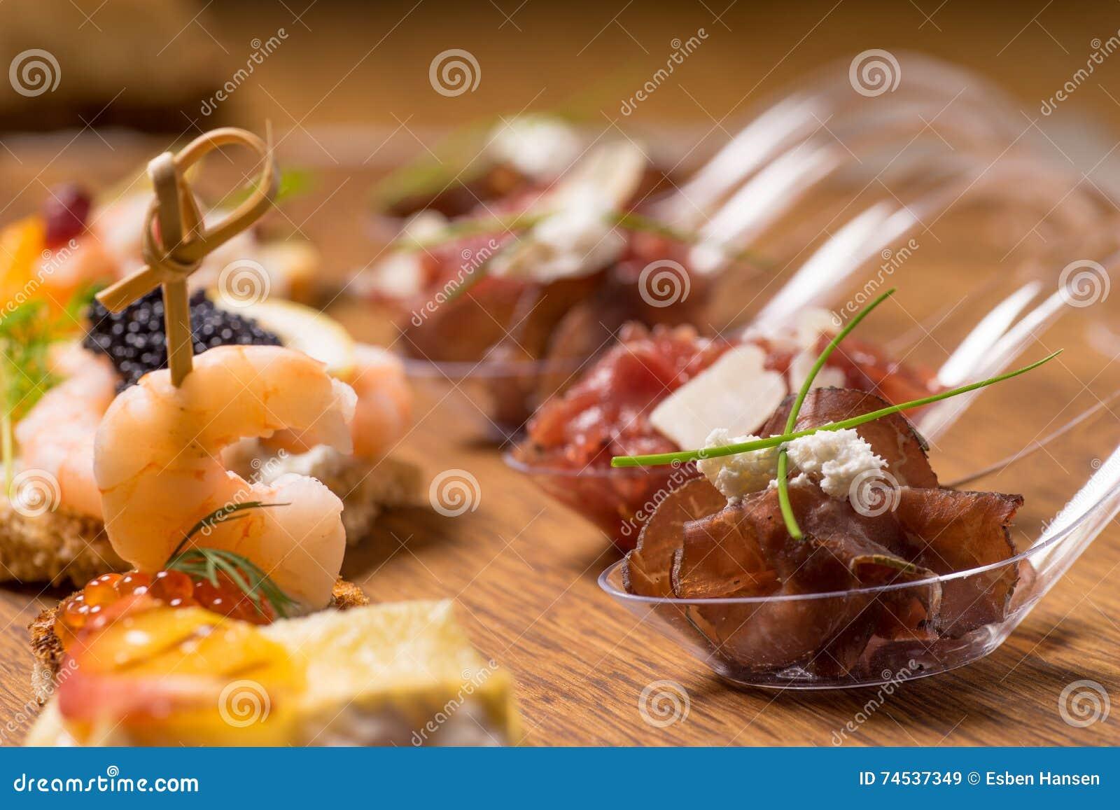 Восхитительный выбор роскошной закуски