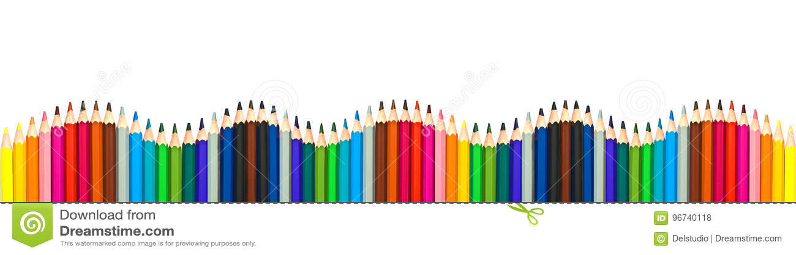 Волна красочных деревянных карандашей изолированных на белой, панорамной предпосылке, назад к концепции школы
