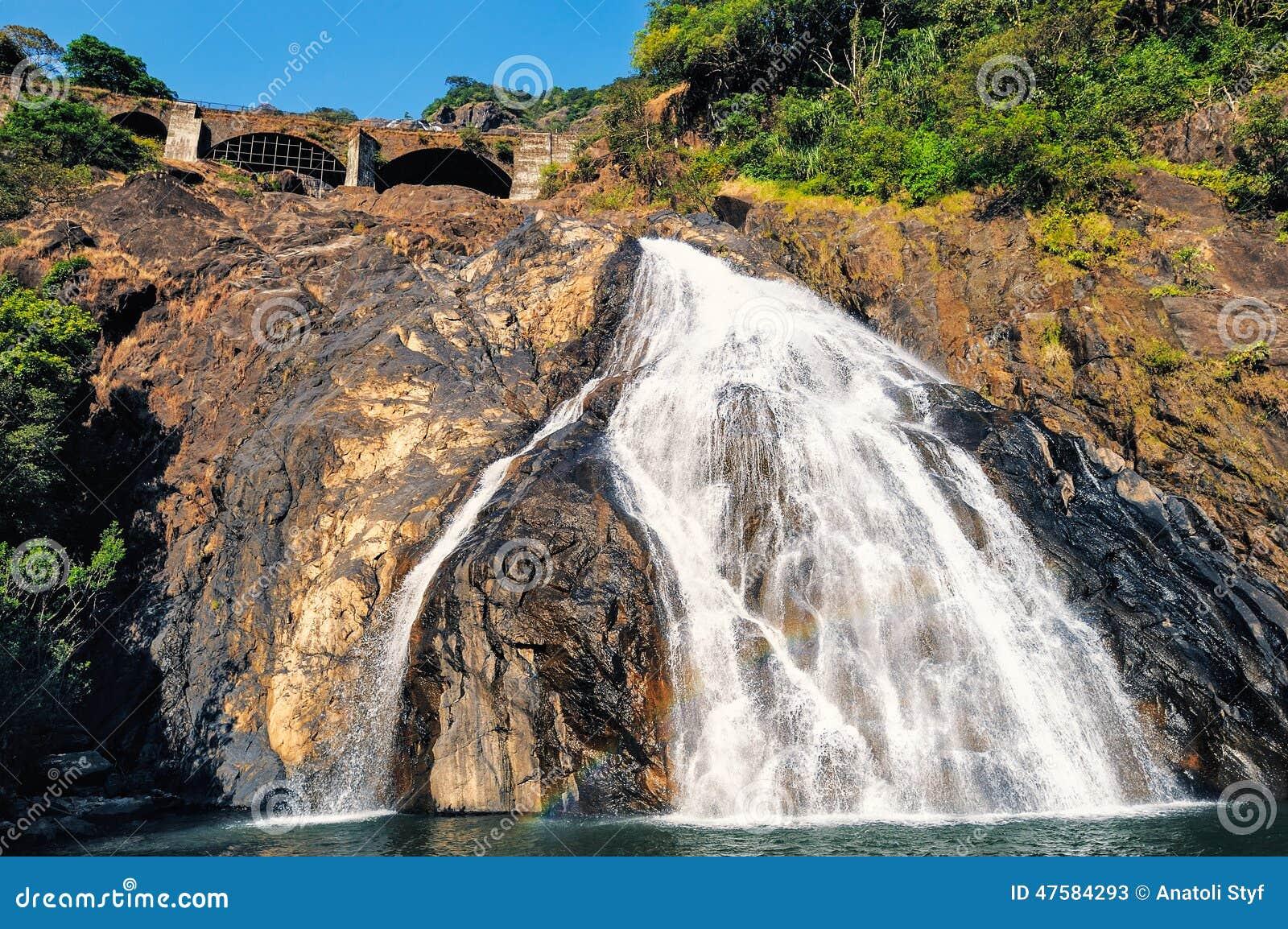 Водопад в Goa
