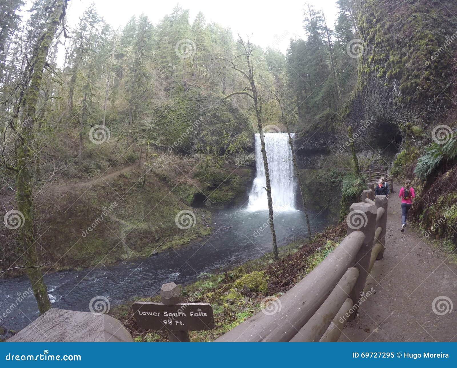 водопад 10 следов
