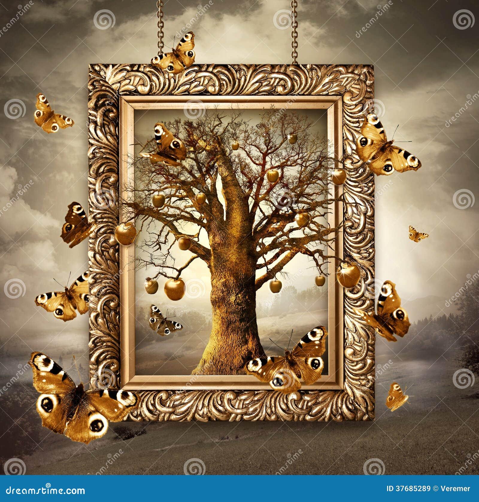 Волшебное дерево с золотыми яблоками и бабочками в рамке ...