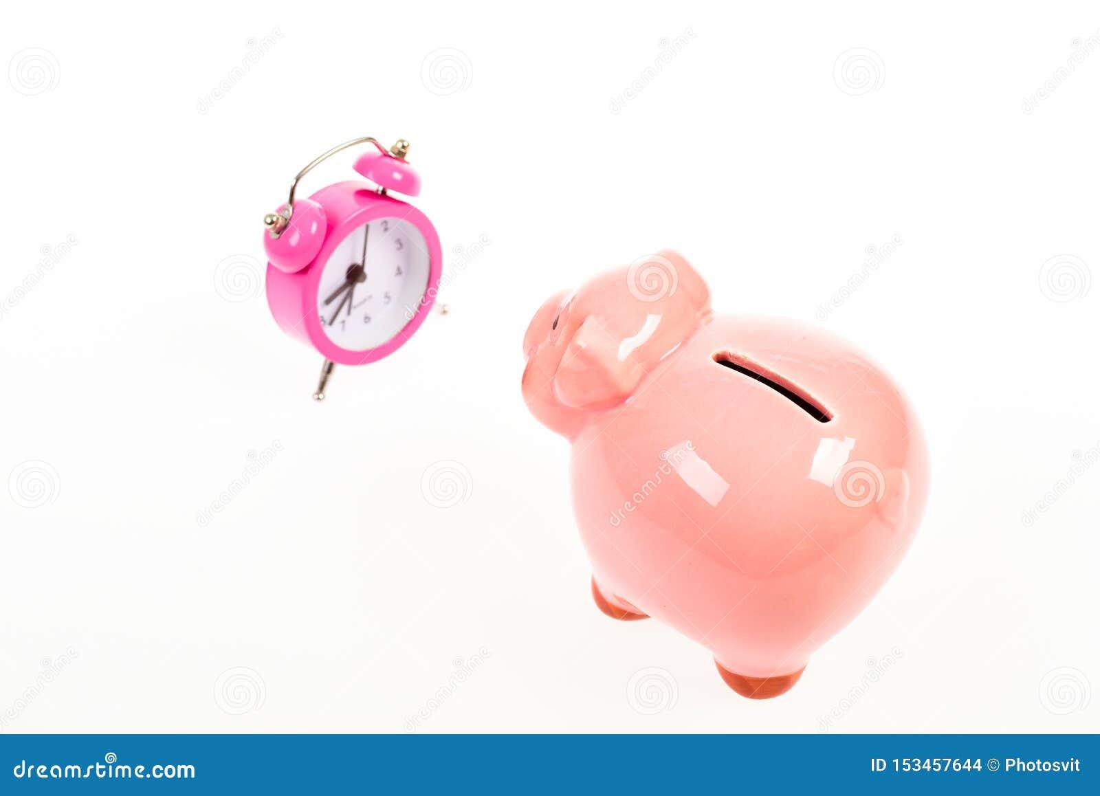 Время богатства r семейный бюджет запуск дела финансовое положение успех в финансах и коммерции piggy
