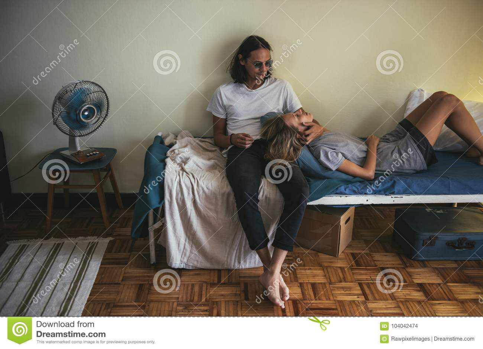 секс пара муж досуг москва жизни великолепно спустил