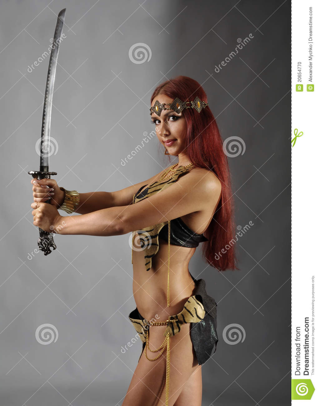 woman holding sword - HD 1022×1300
