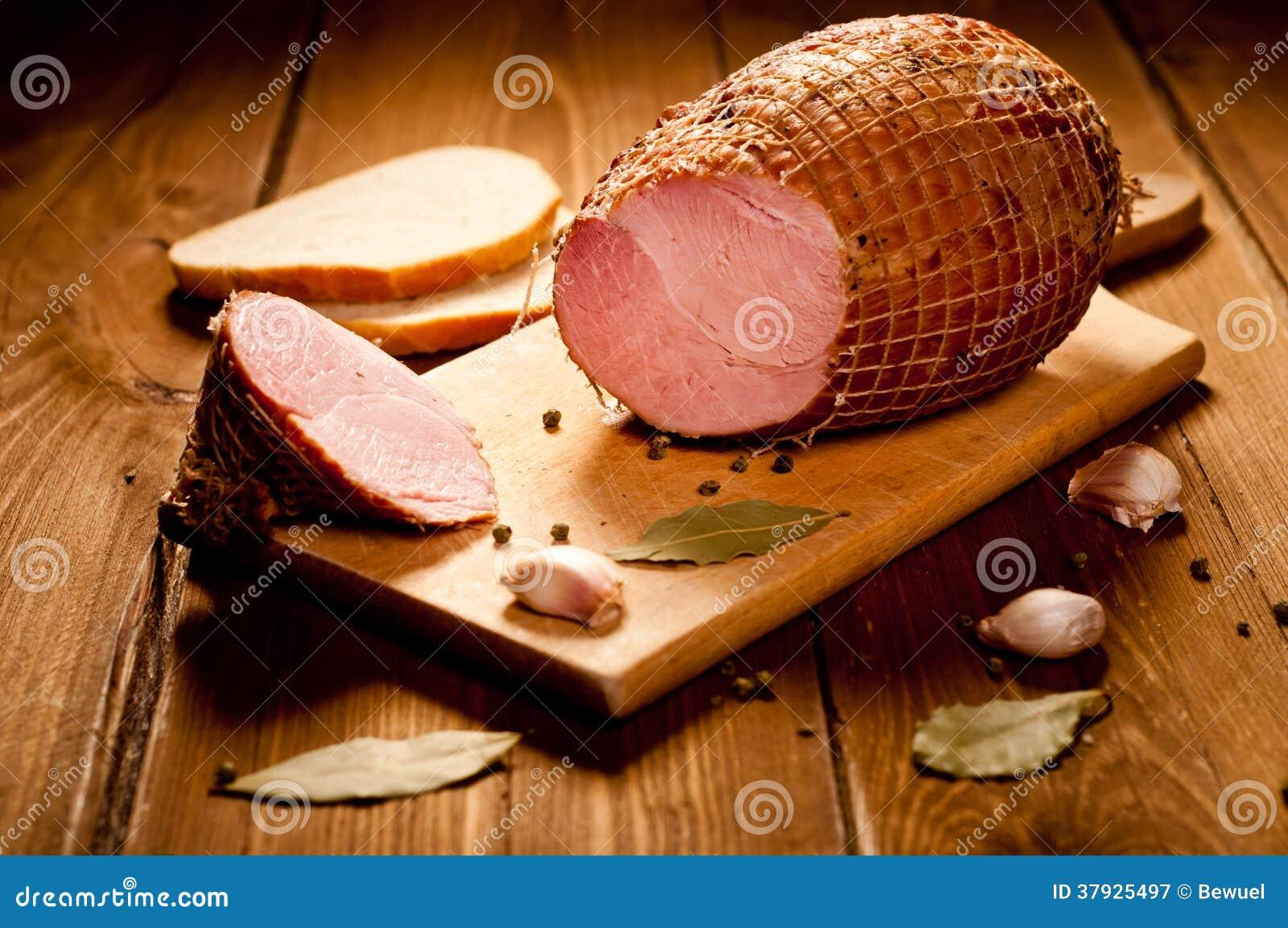 Вся ветчина с хлебом