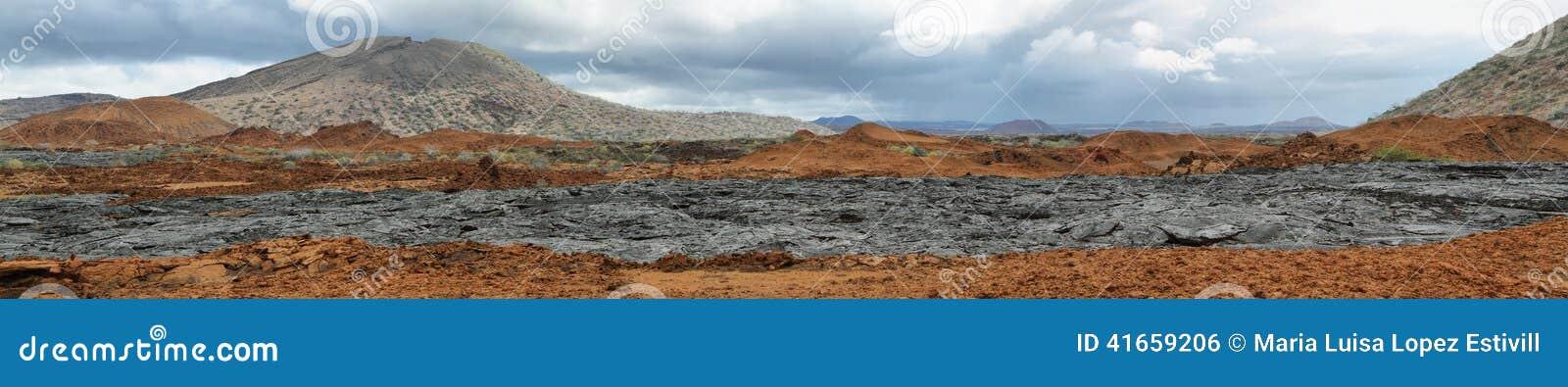 Вулканический ландшафт острова Сантьяго