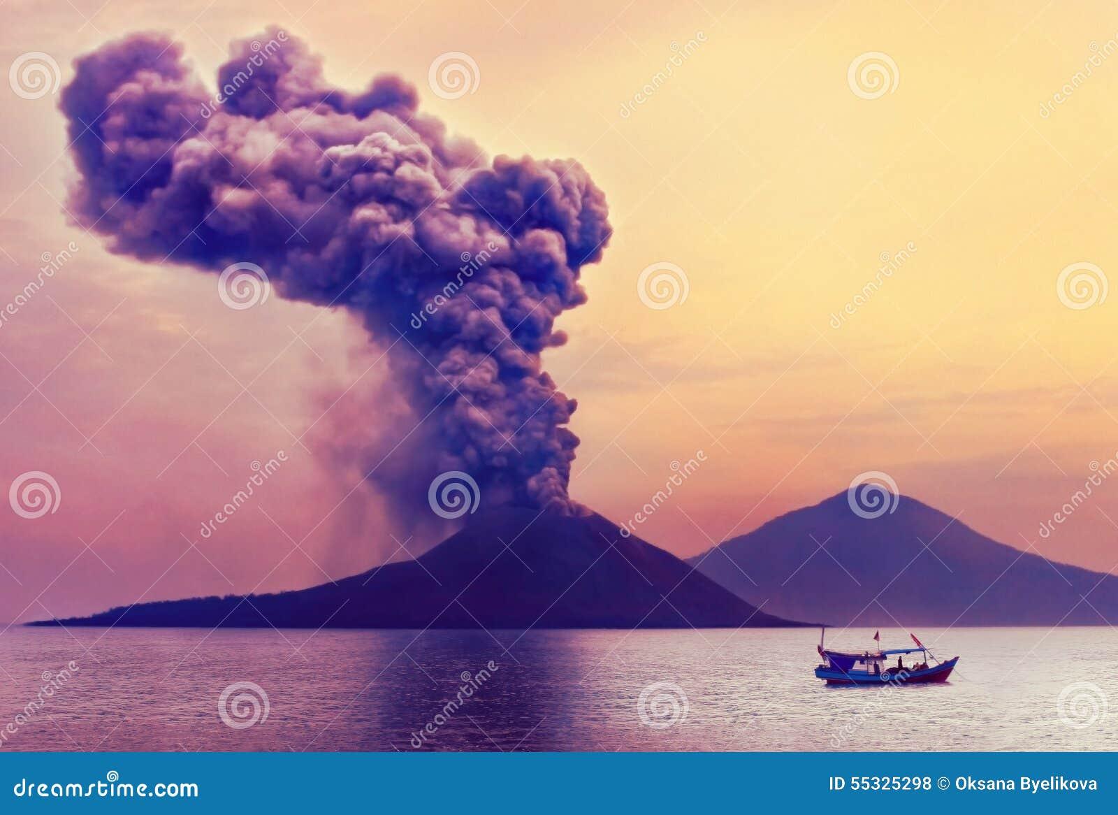 вулкан krakatau Индонесии извержения anak