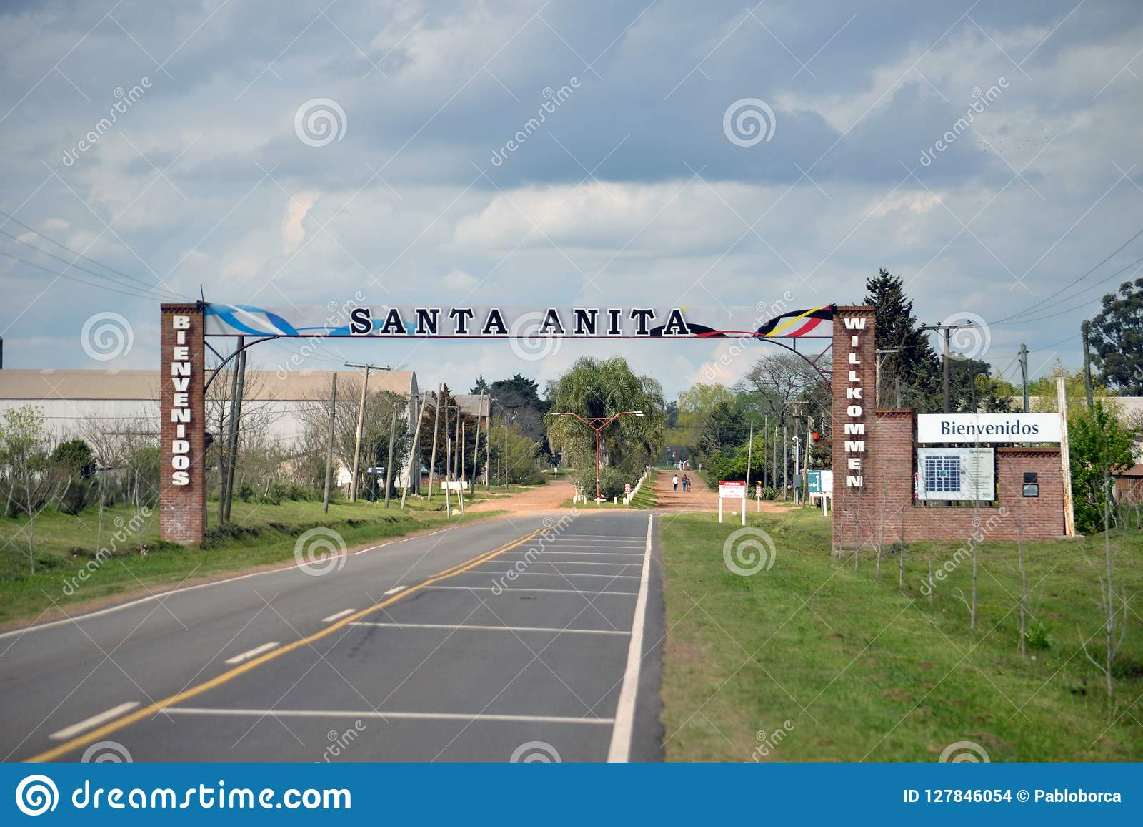 Вход деревни Santa Anita в провинции Entre Rios