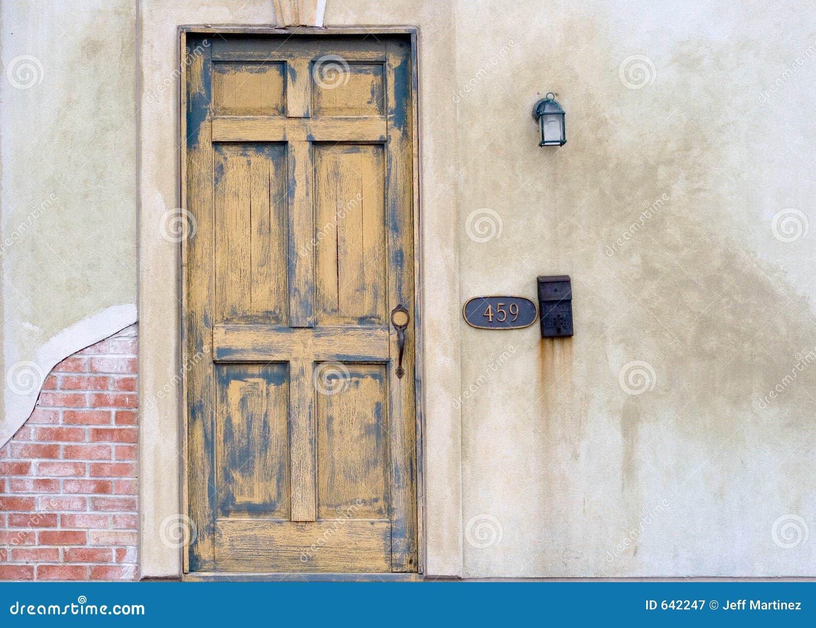 Download вход стоковое изображение. изображение насчитывающей дверь - 642247