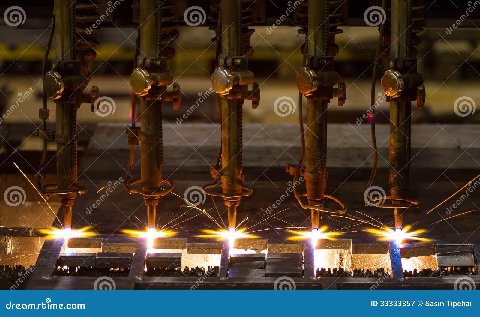 Вырезывание CNC LPG
