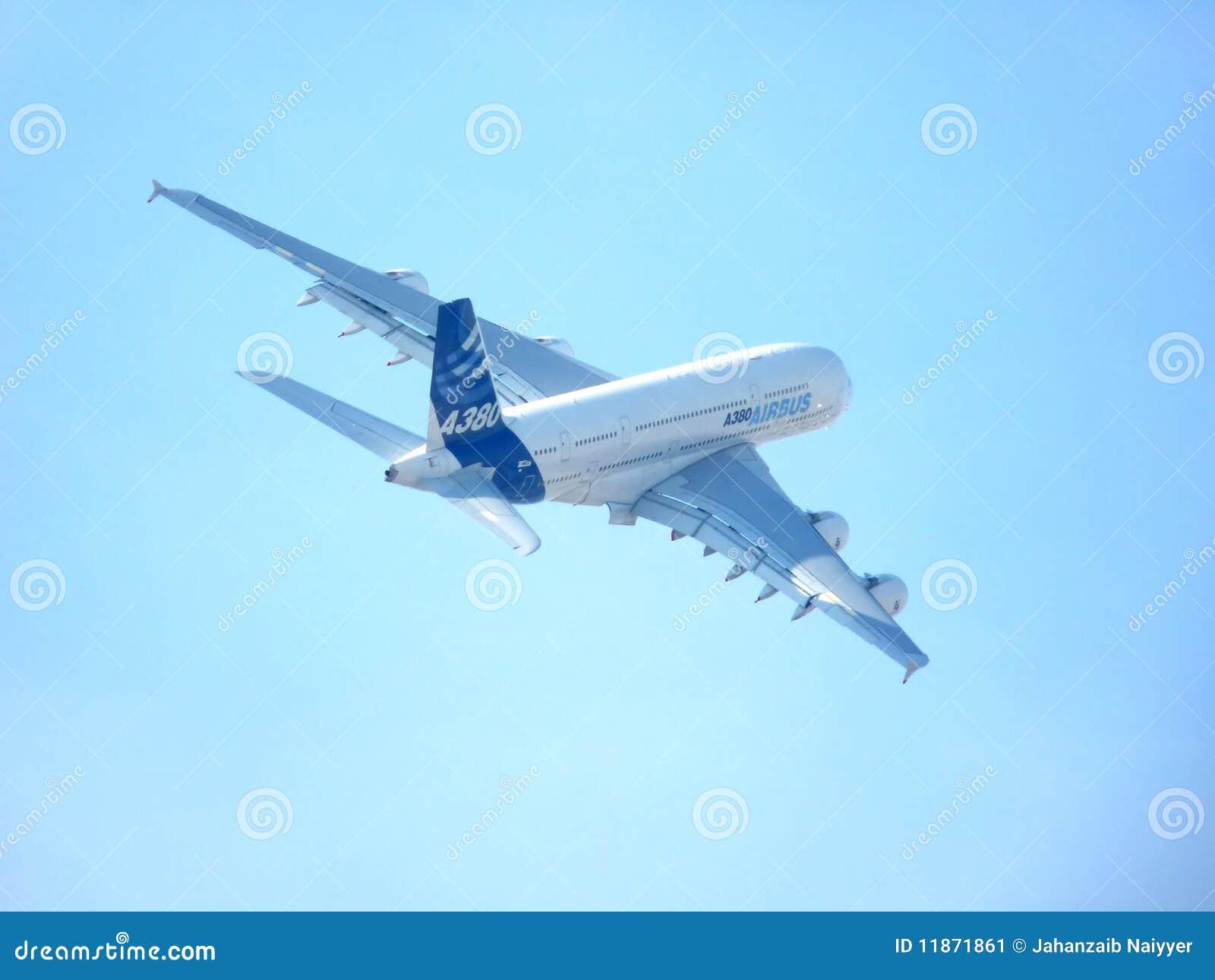 выставка Дубай демонстрации airbus воздуха a380