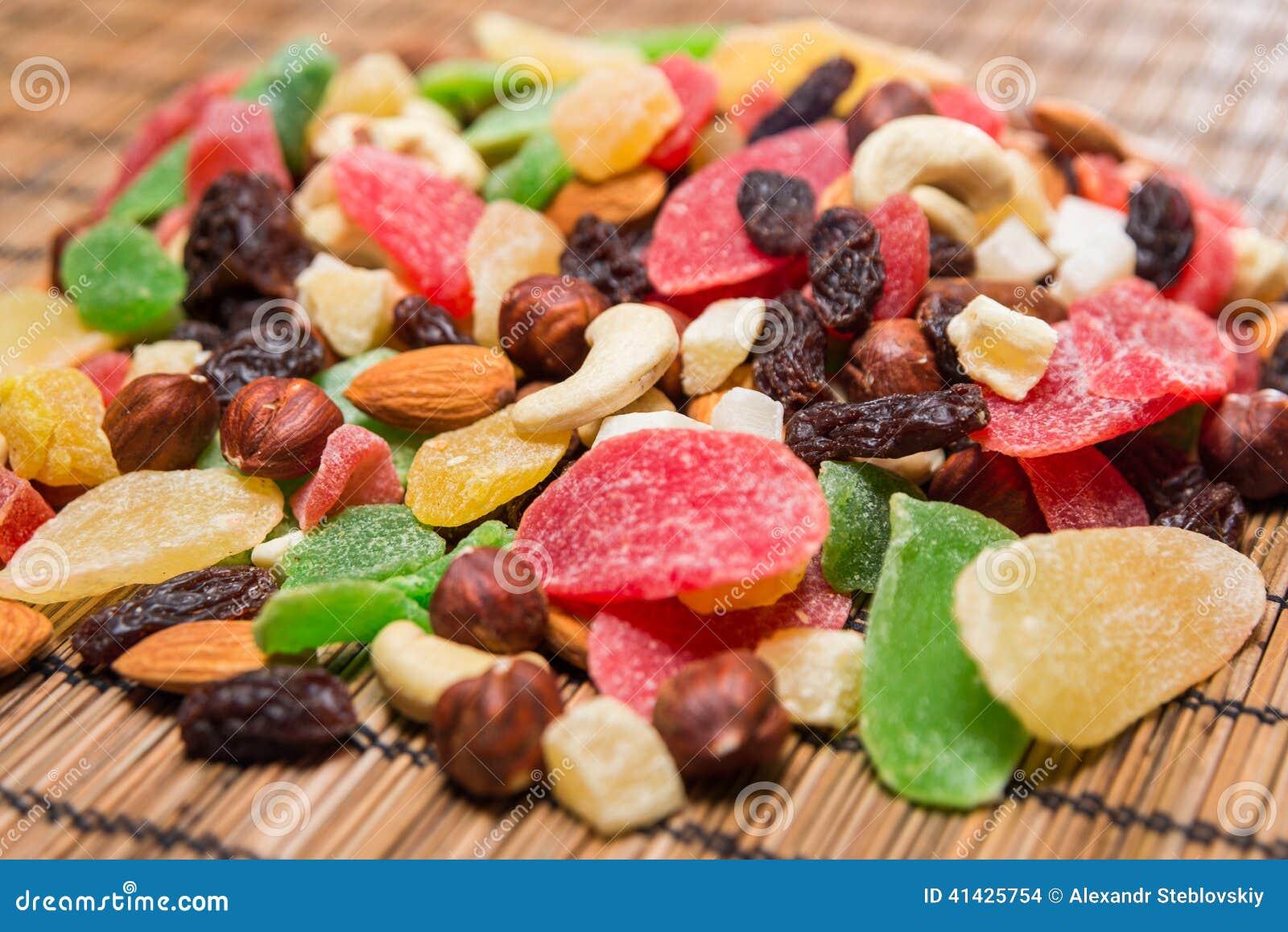высушенные плодоовощи nuts