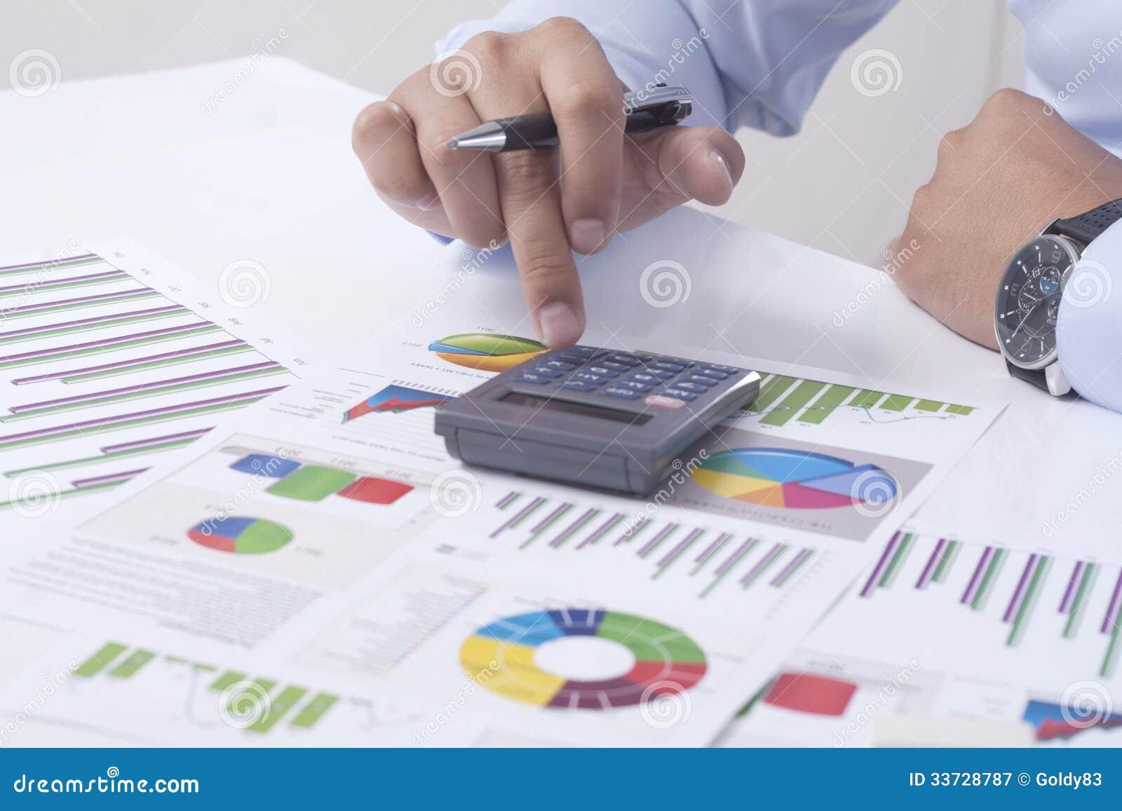 Высчитывать финансовую ситуацию
