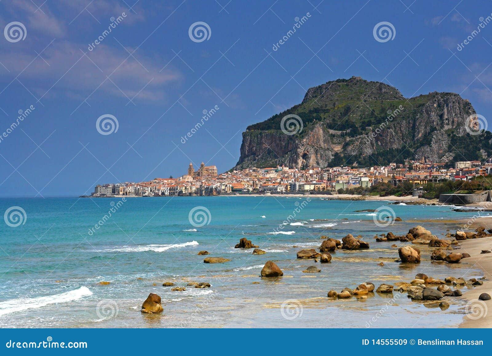 гавань Сицилия cefalu