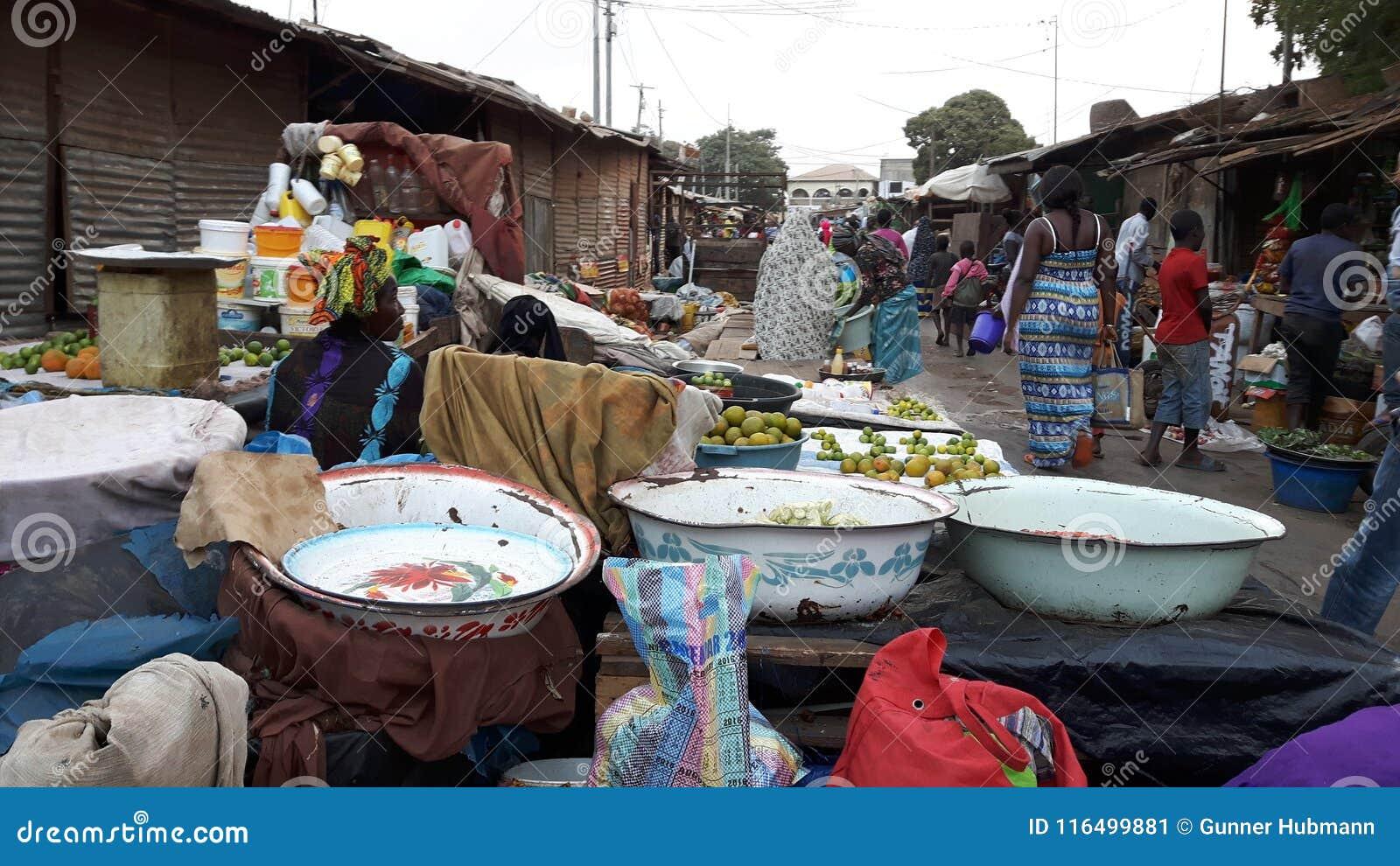 Гамбийский рынок